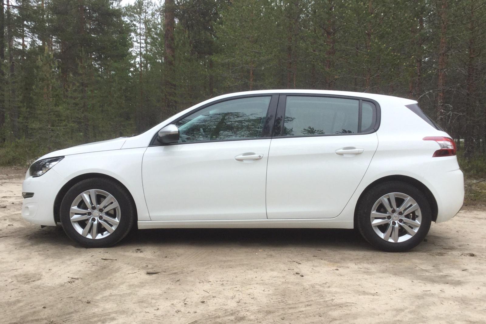 Peugeot 308 1 6 e-HDi | kvdcars com