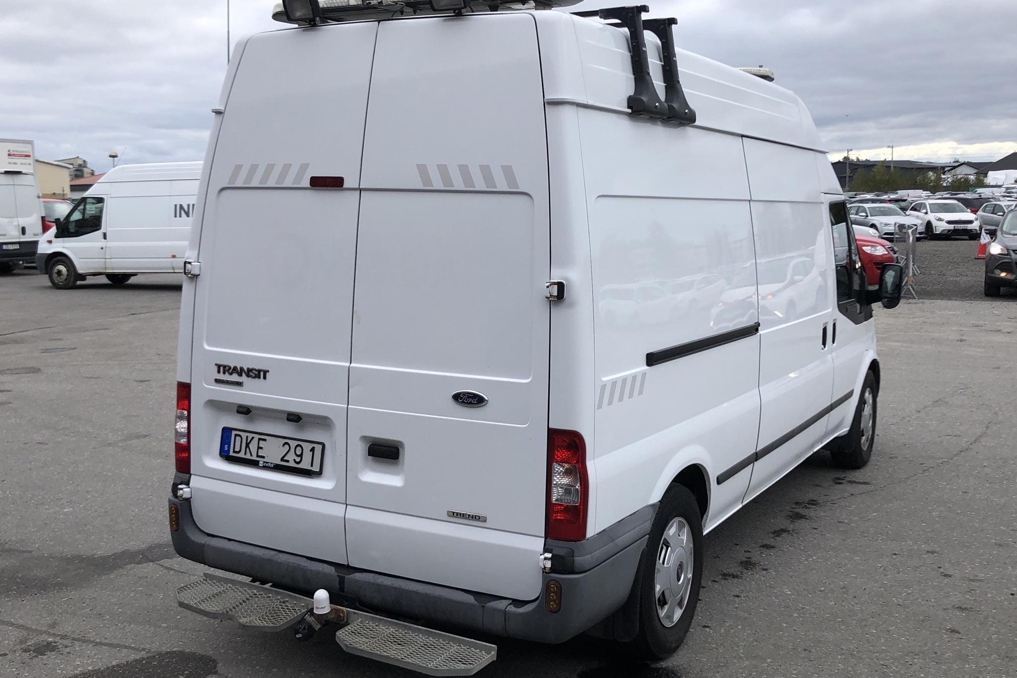 Ford Transit 350 2.2 TDCi Skåp (125hk) - 134 569 km - Manual - white - 2013
