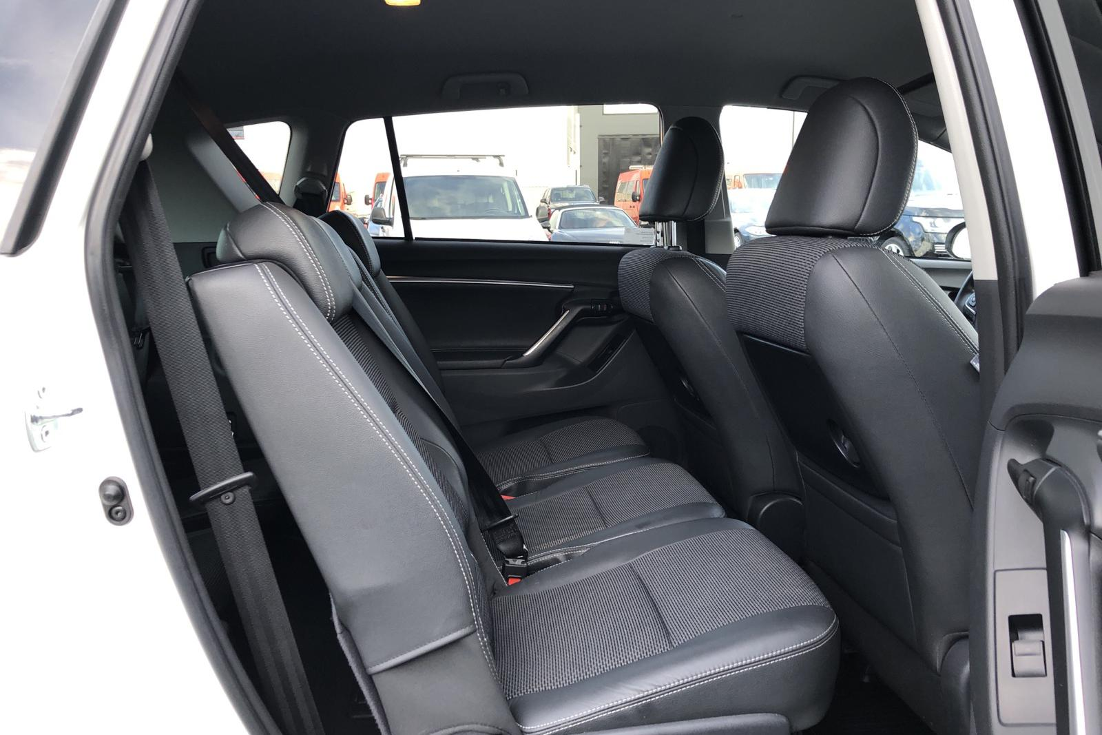 Toyota Verso VVT-i 1.8 (147hk) 7 sits - 2 000 mil - Manuell - vit - 2017
