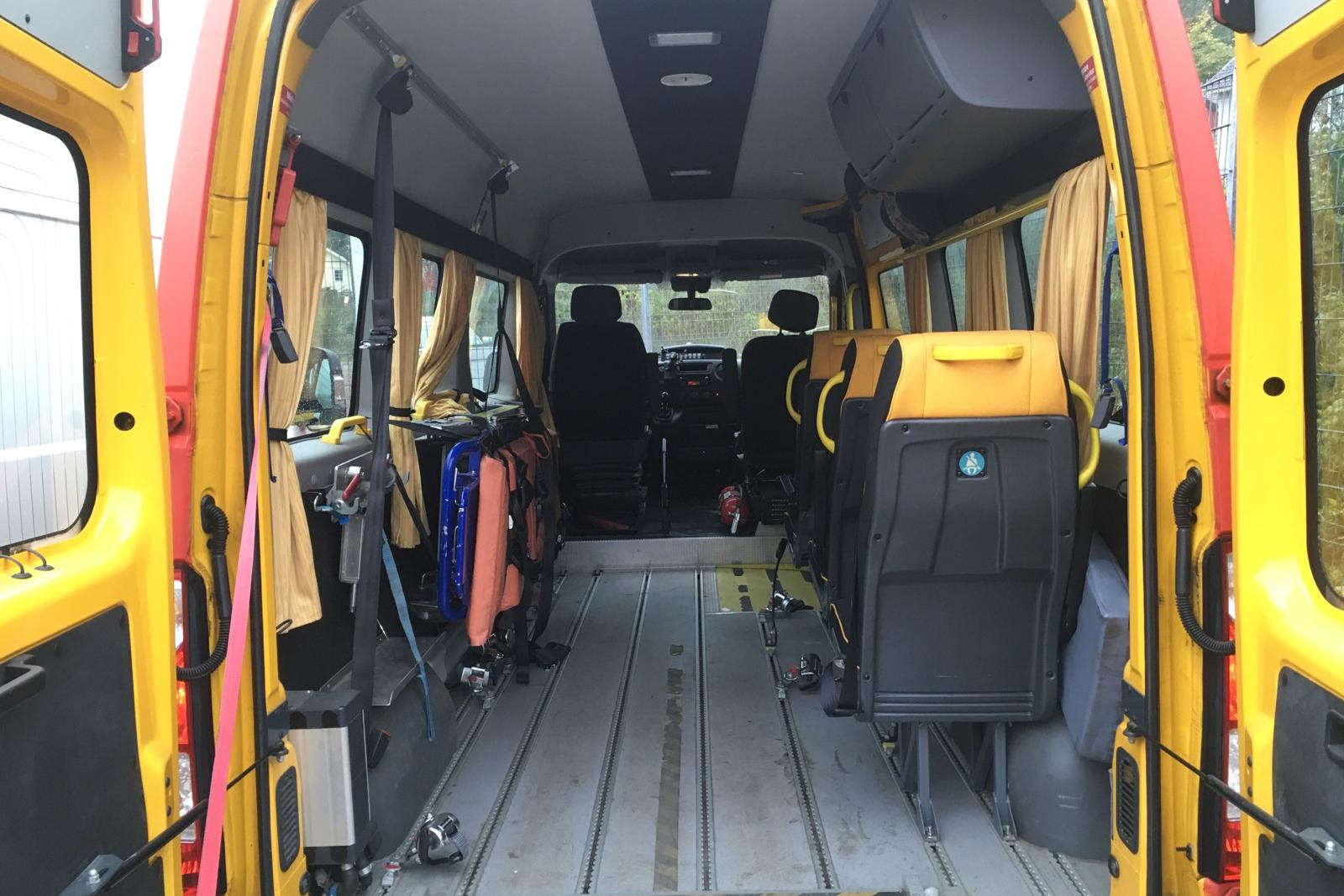 Renault Master 2.3 dCi Buss 2WD (145hk) - 0 km - Manual - red - 2016