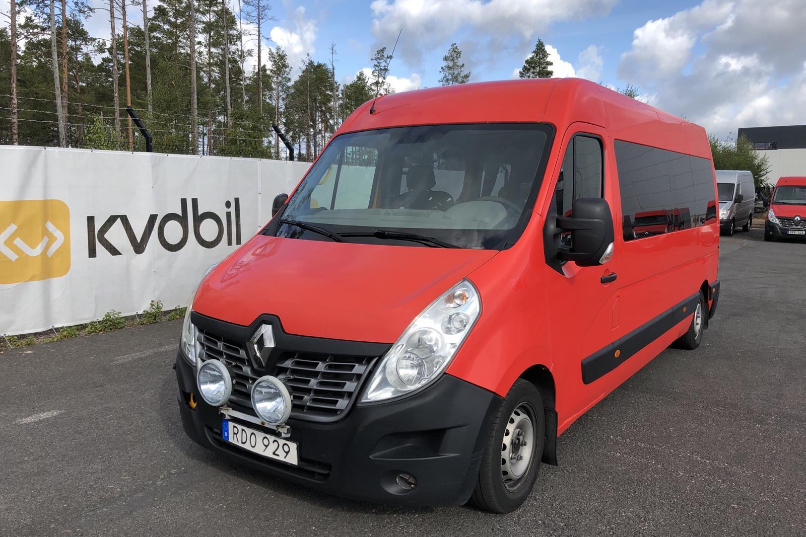 Renault Master 2.3 dCi Pickup/Chassi 2WD (145hk) - 364 920 km - Manual - Light Red - 2016