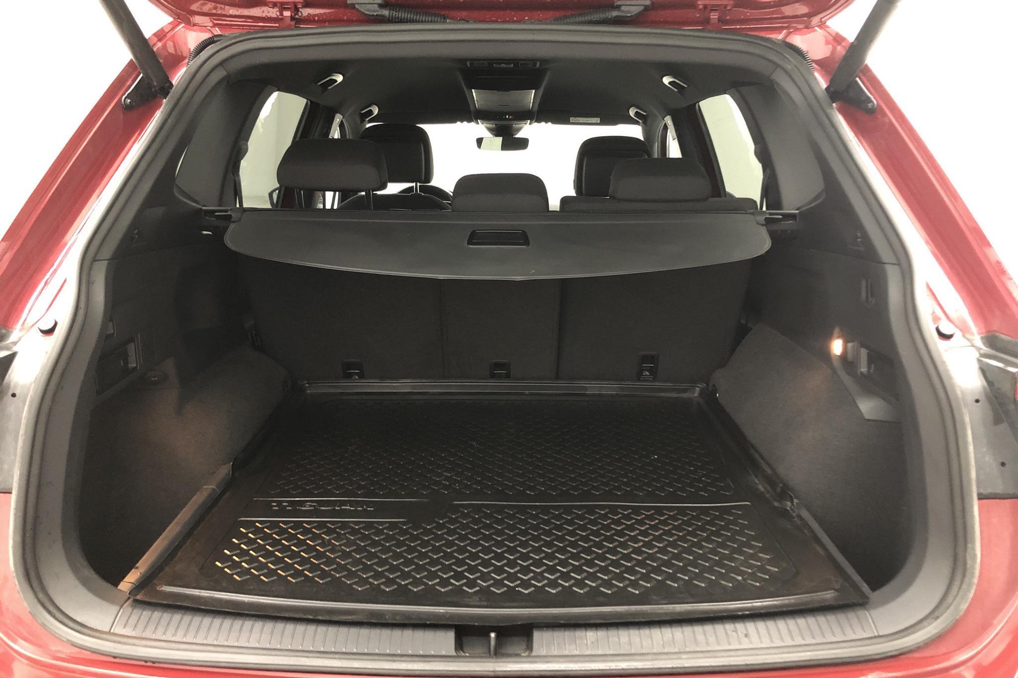 VW Tiguan Allspace 2.0 TDI 4MOTION (190hk) - 1 944 mil - Automat - Dark Red - 2019