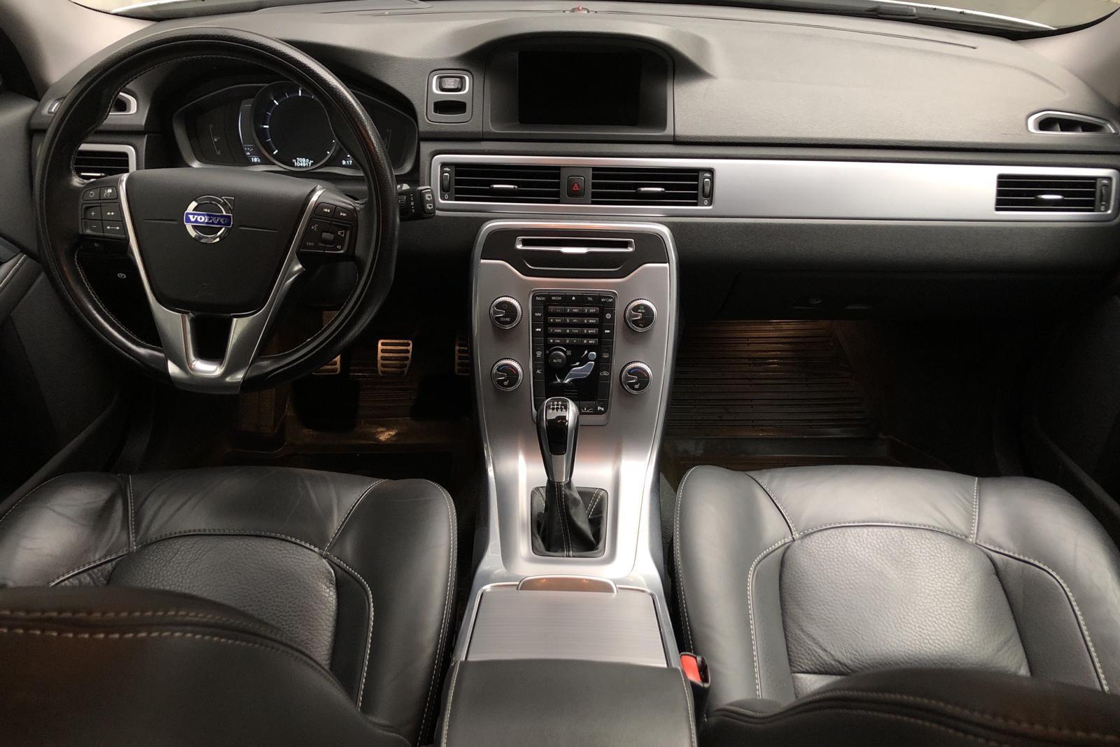 Volvo XC70 II D4 2WD (181hk) - 104 910 km - Manual - white - 2016