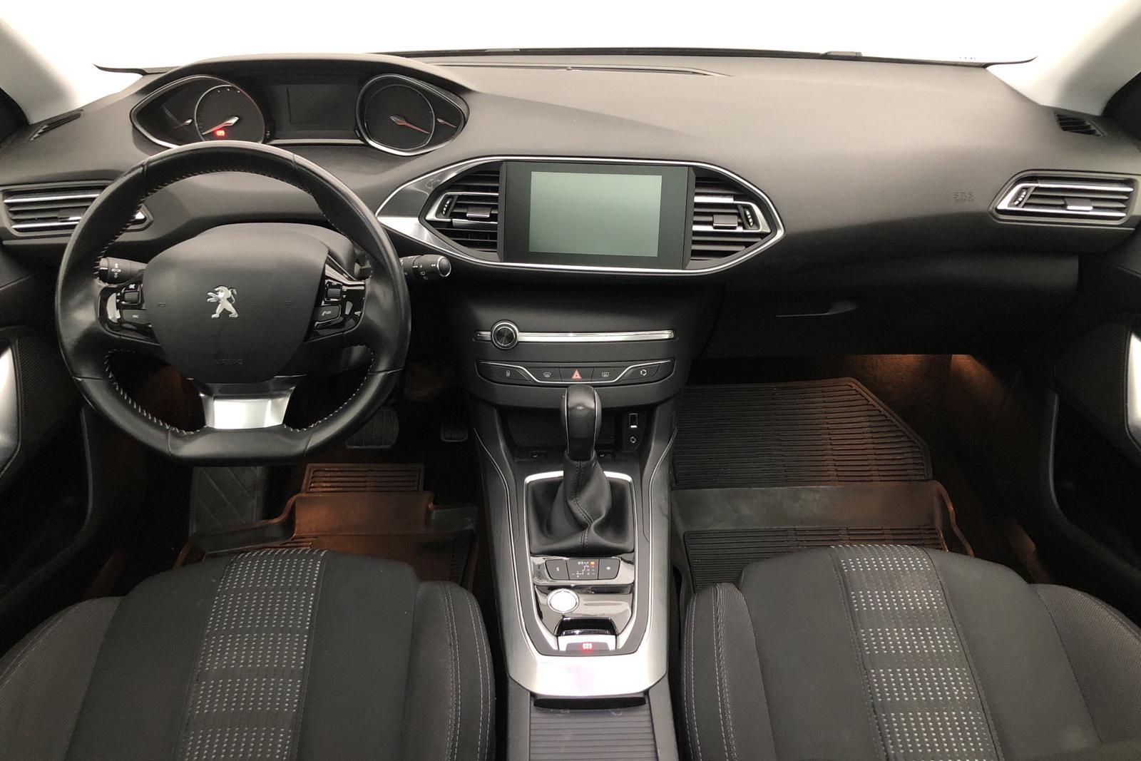 Peugeot 308 SW BlueHDi (120hk) - 5 539 mil - Automat - svart - 2015