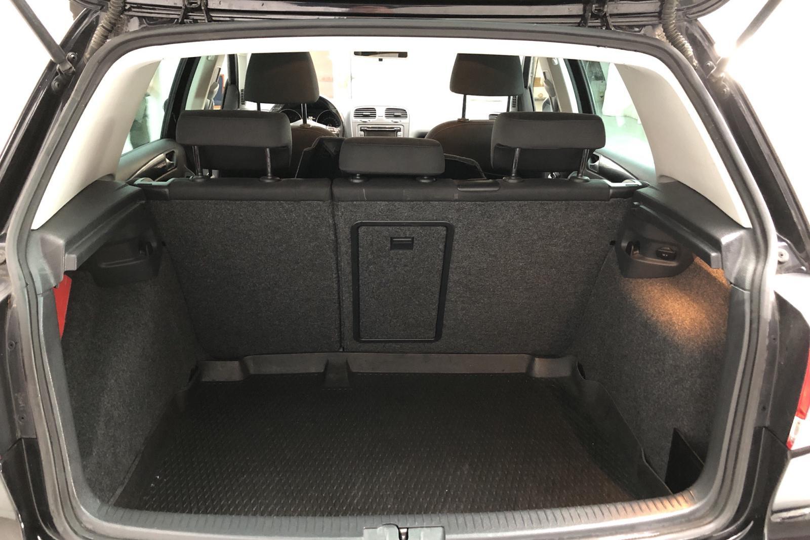 VW Golf VI 1.4 TSI 5dr (122hk) - 9 898 mil - Manuell - svart - 2011