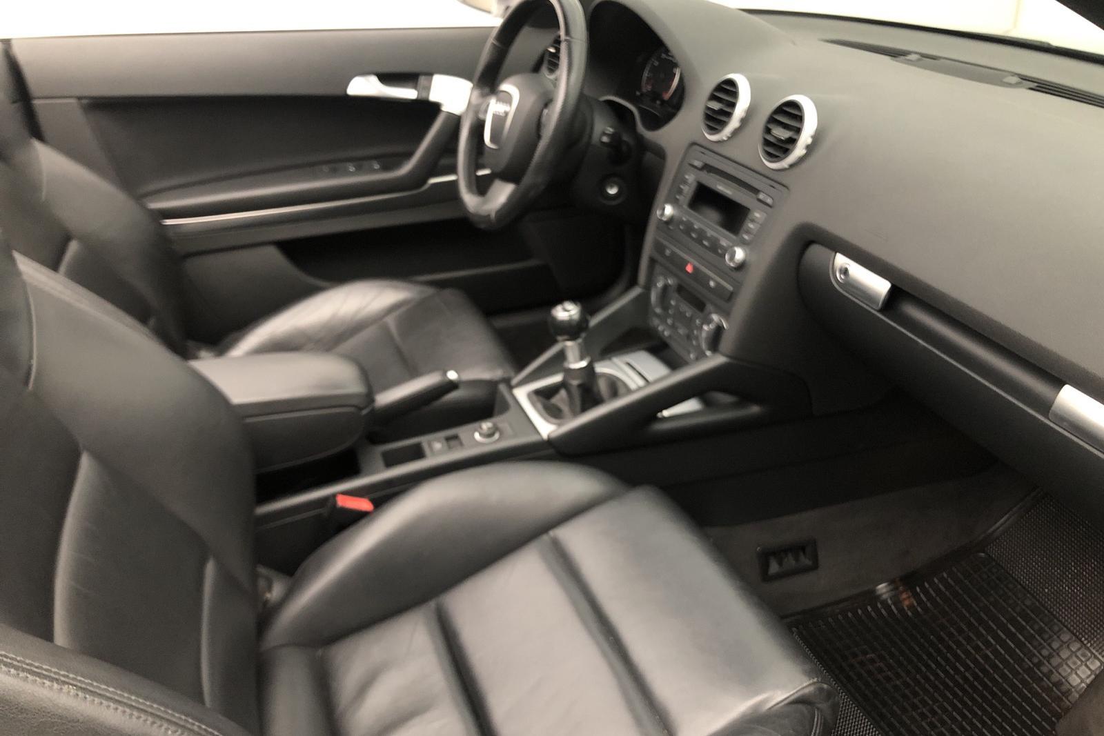 Audi A3 1.8 TFSI Cabriolet (160hk) - 123 000 km - Manual - silver - 2008
