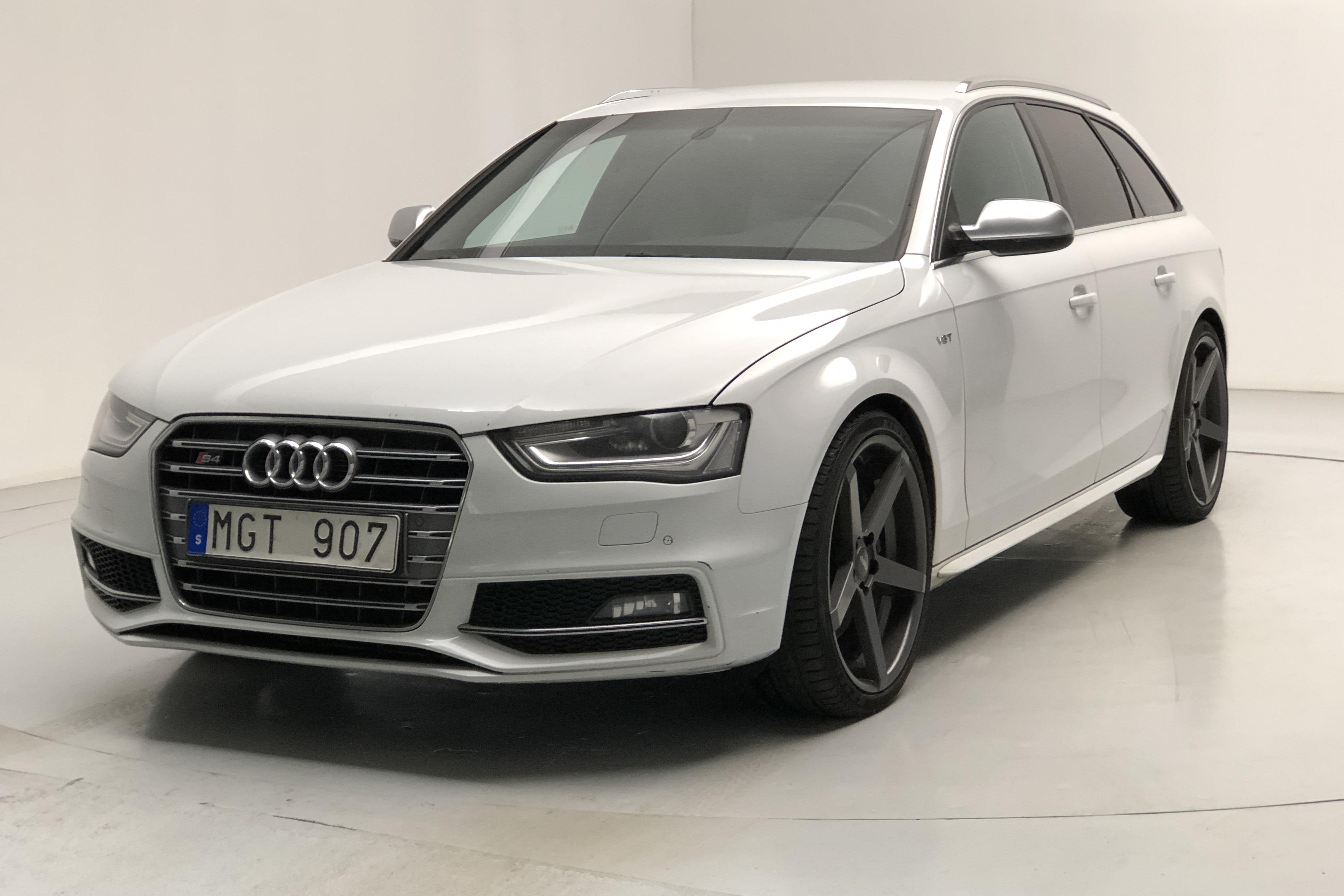 Audi S4 3.0 TFSI Avant (333hk) - 0 km - Automatic - white - 2013