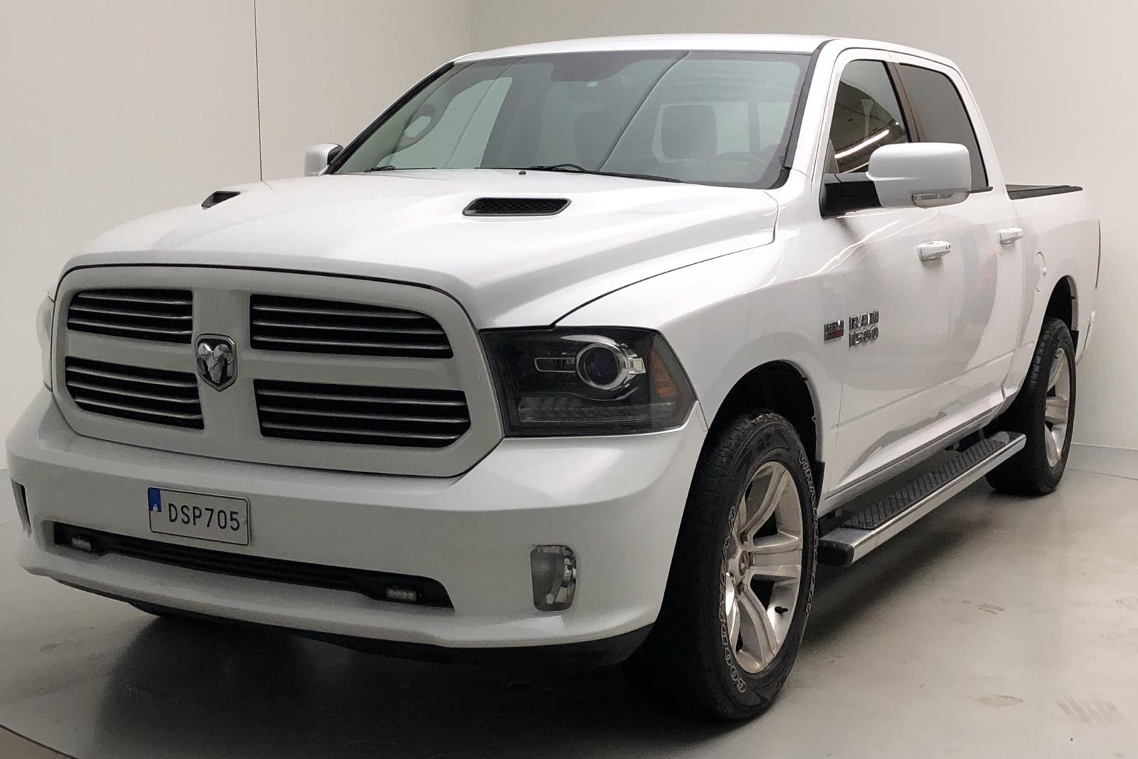 Dodge RAM 1500 5.7 4WD (401hk) - 94 000 km - Automatic - white - 2013