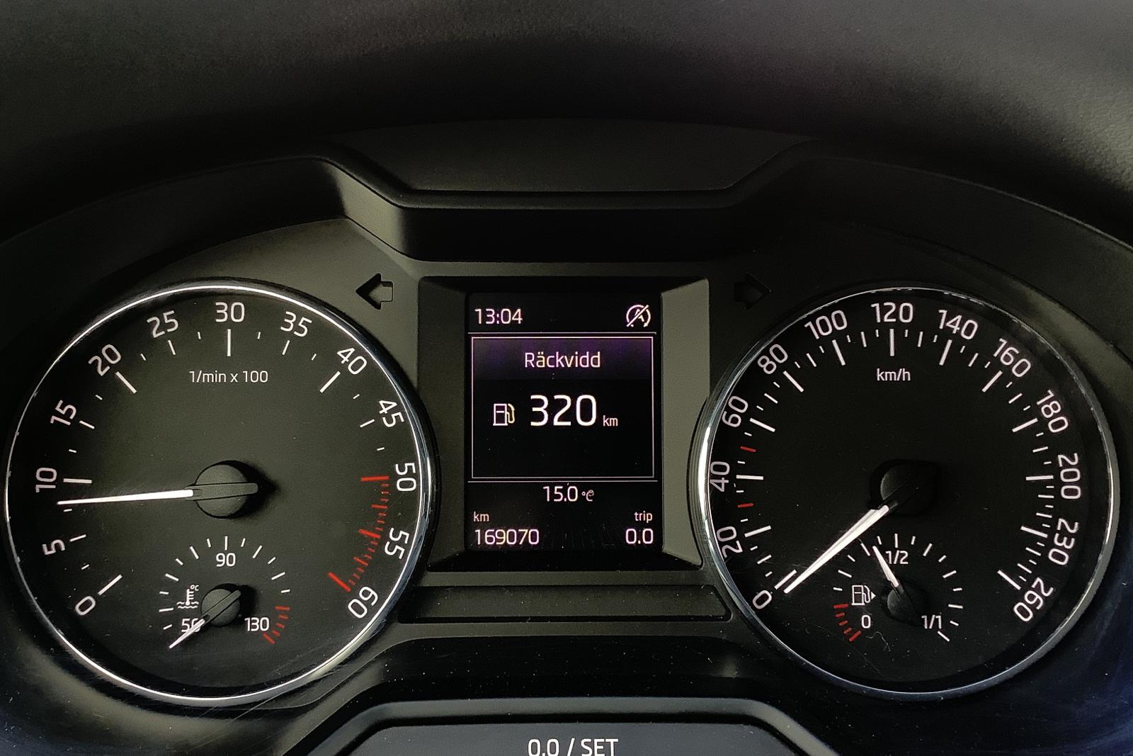 Skoda Octavia III 2.0 TDI CR Combi (150hk) - 16 500 mil - Manuell - svart - 2016