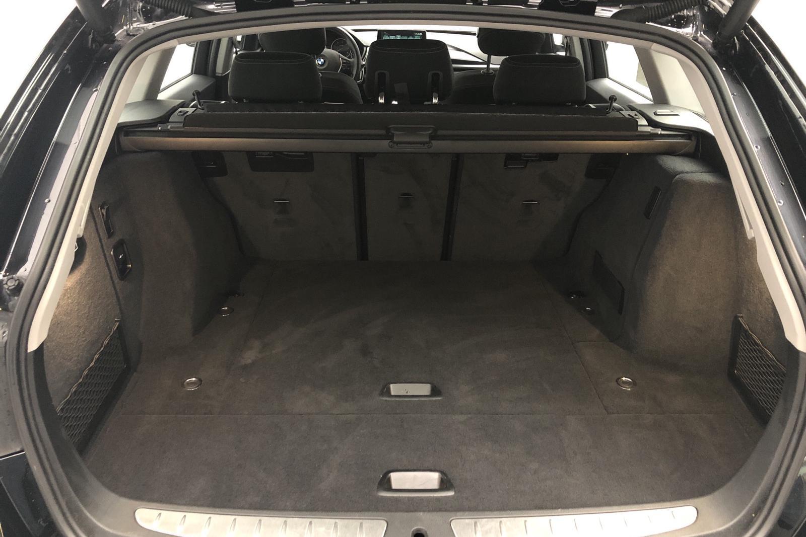 BMW 318d Touring, F31 (150hk) - 67 736 km - Automatic - black - 2017