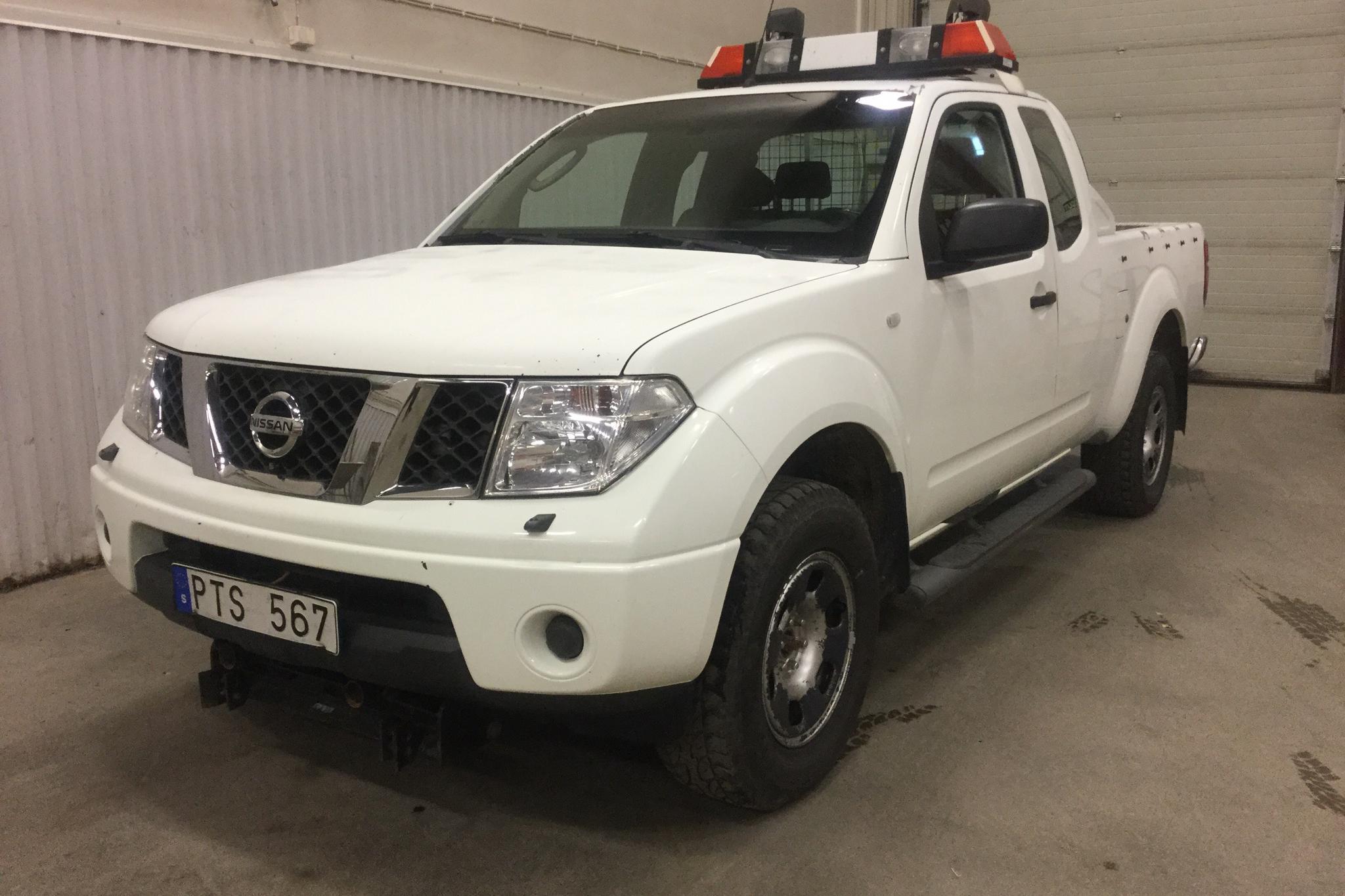 Nissan Navara 2.5 dCi 4WD (171hk) - 0 mil - Manuell - vit - 2007