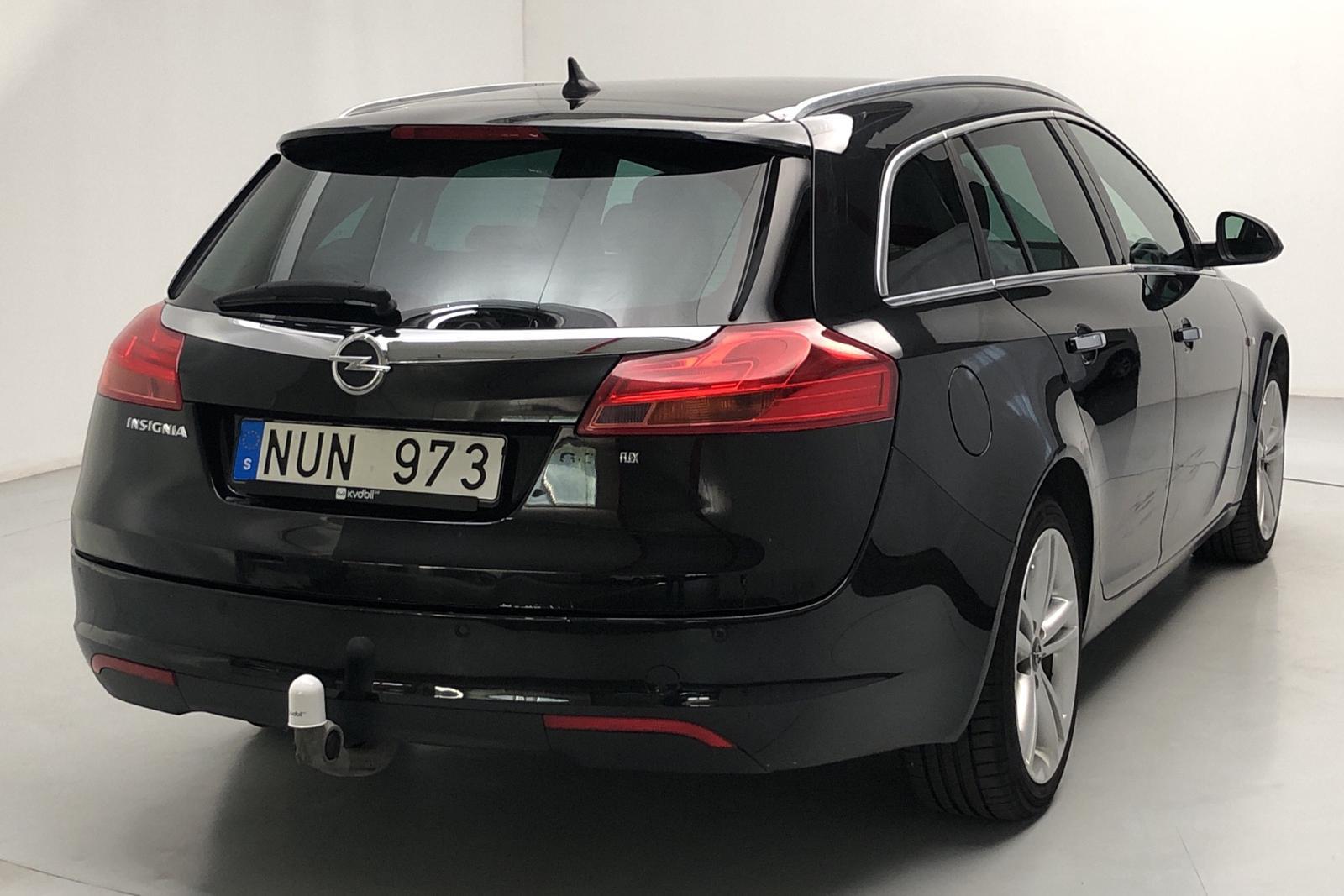 Opel Insignia 2.0 CDTI ecoFLEX Sports Tourer (160hk) - 140 000 km - Manual - black - 2012