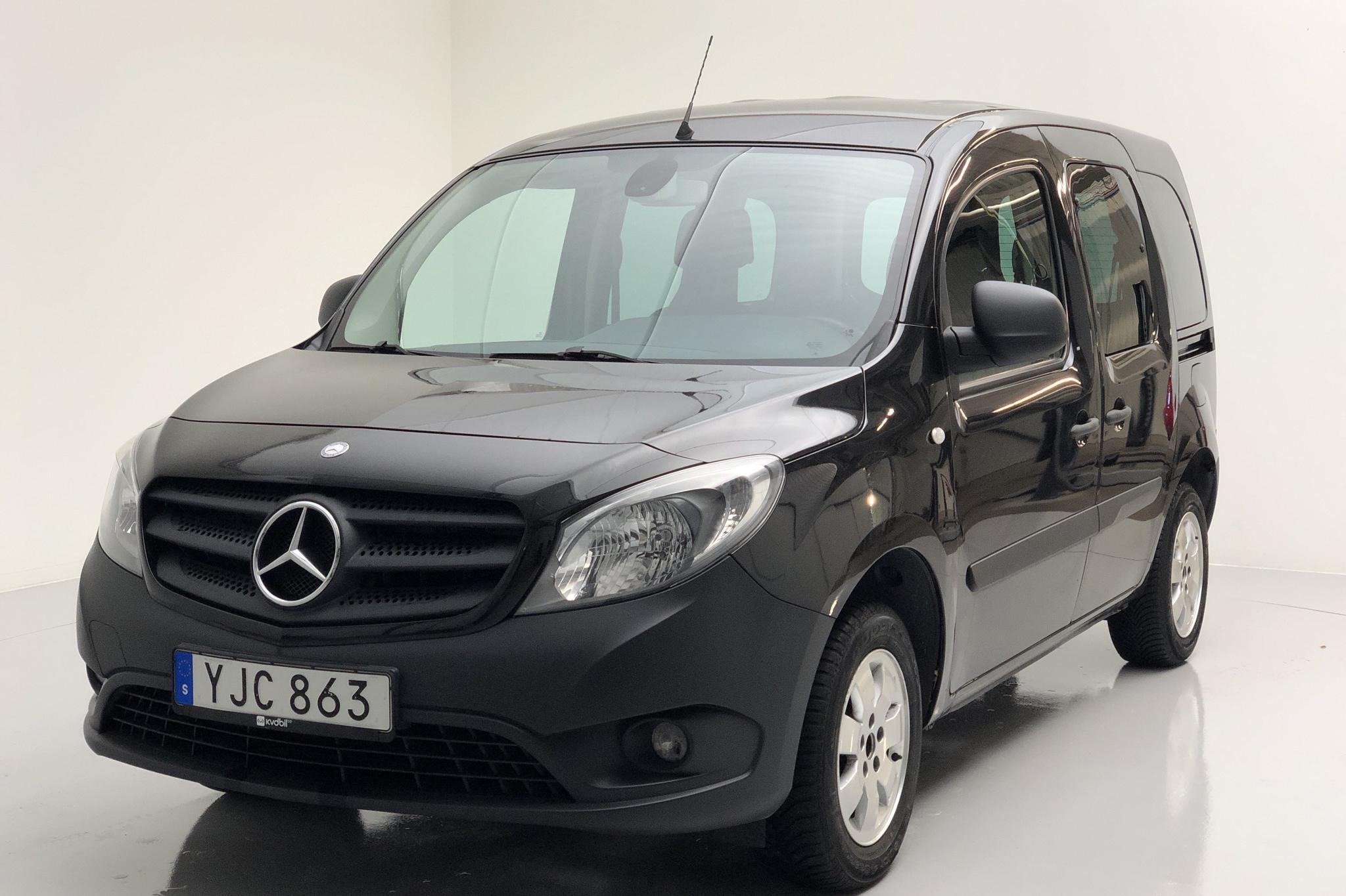Mercedes Citan 109 1.5 CDI (90hk) - 13 100 mil - Manuell - svart - 2014