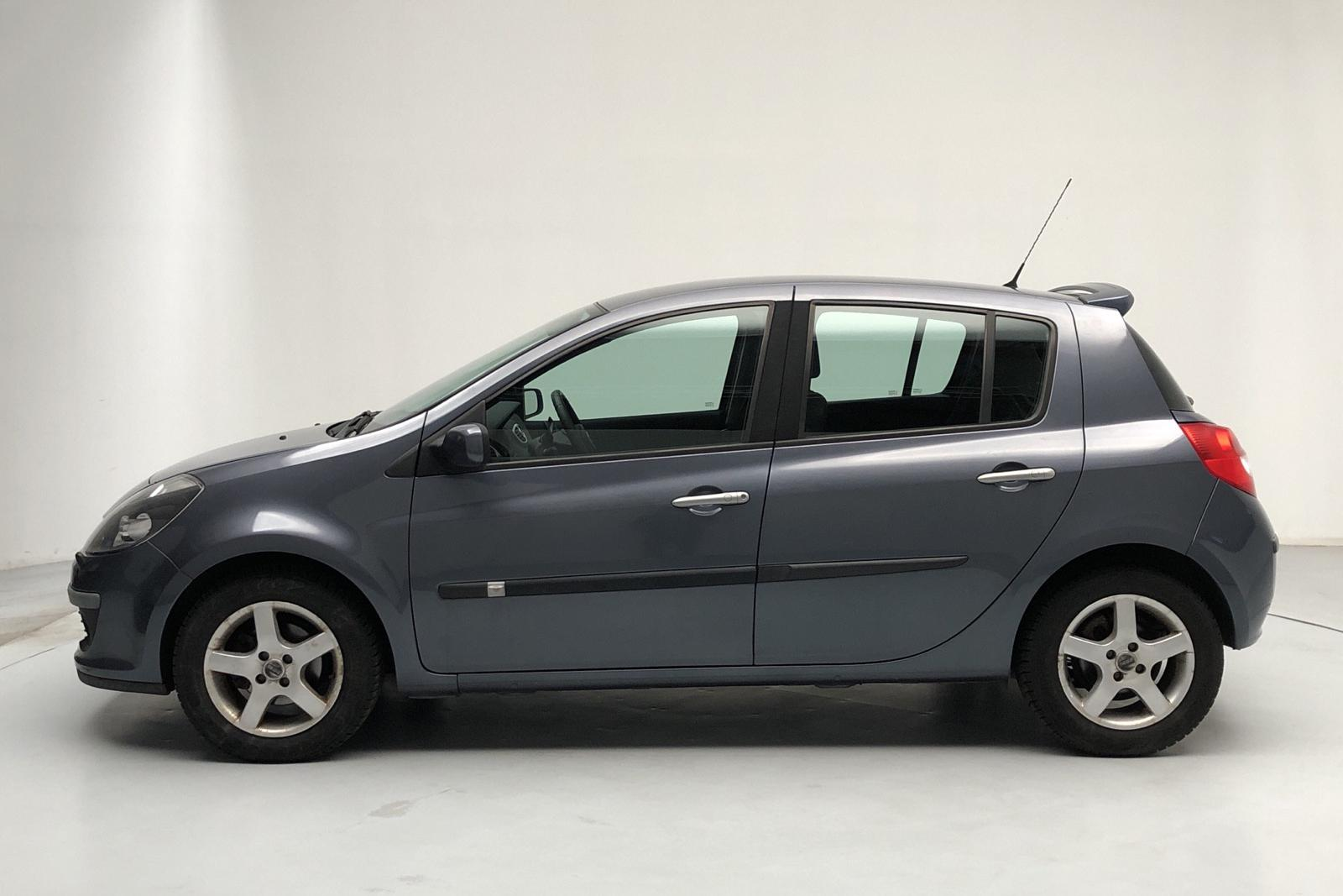 Renault Clio III 1.6 5dr (112hk) - 74 560 km - Automatic - blue - 2008
