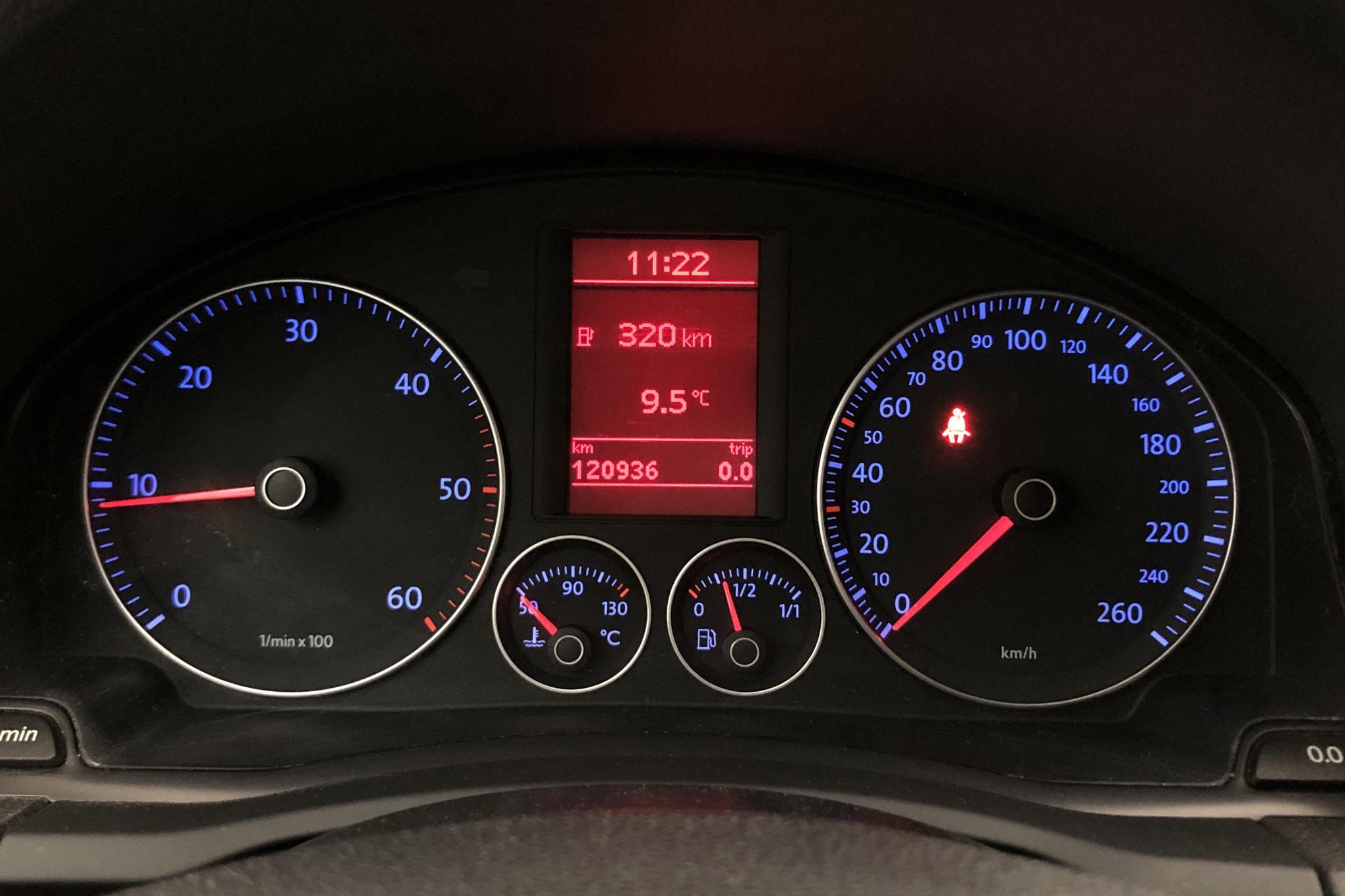 VW Golf A5 1.9 TDI BlueMotion 5dr (105hk) - 12 200 mil - Manuell - vit - 2009