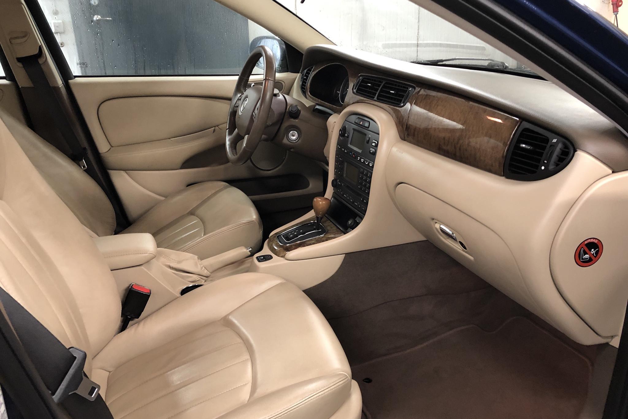 Jaguar X-type 2.0 V6 (155hk) - 16 300 mil - Automat - blå - 2005