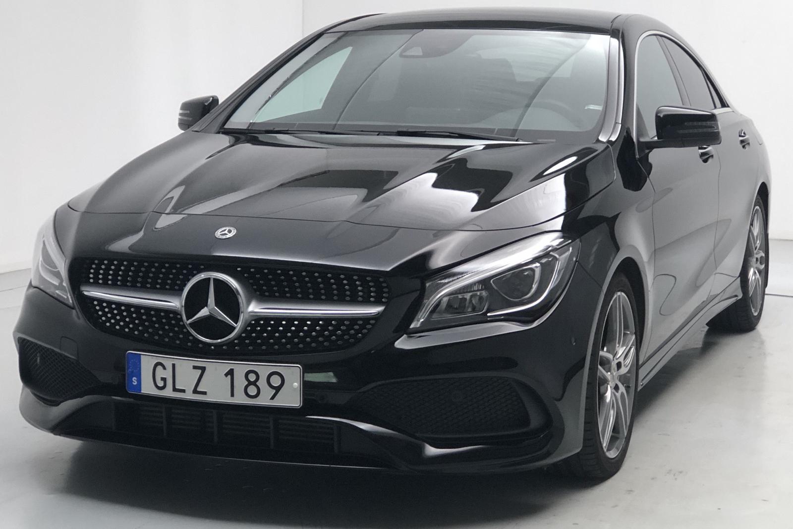 Mercedes CLA 250 Coupé C117 (211hk) - 907 mil - svart - 2018