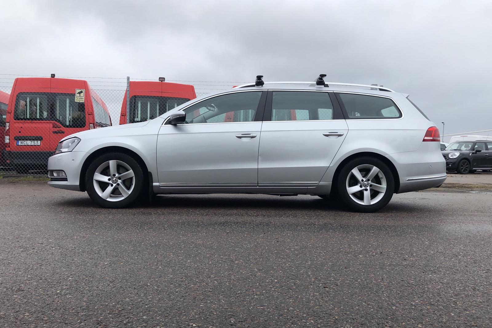 VW Passat 2.0 TDI BlueMotion Technology Variant (140hk) - 0 mil - Manuell - silver - 2015