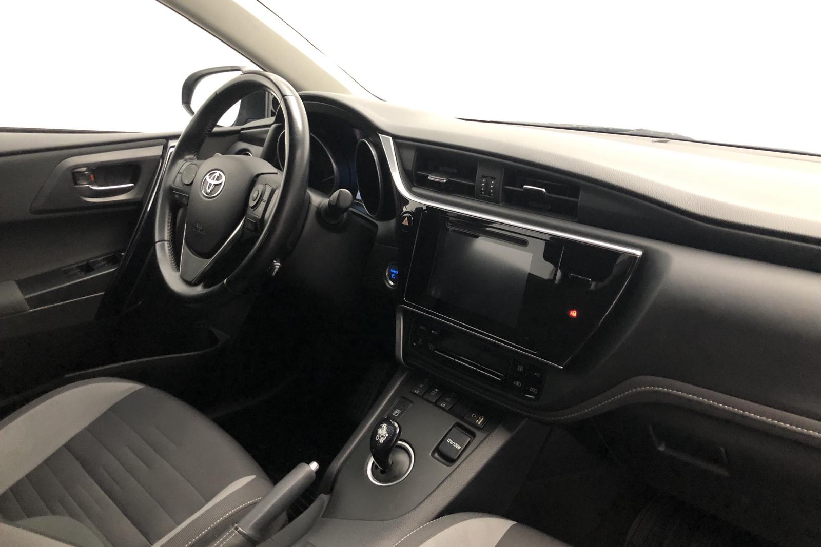 Toyota Auris 1.8 HSD 5dr (99hk) - 14 900 mil - Automat - Dark Blue - 2017
