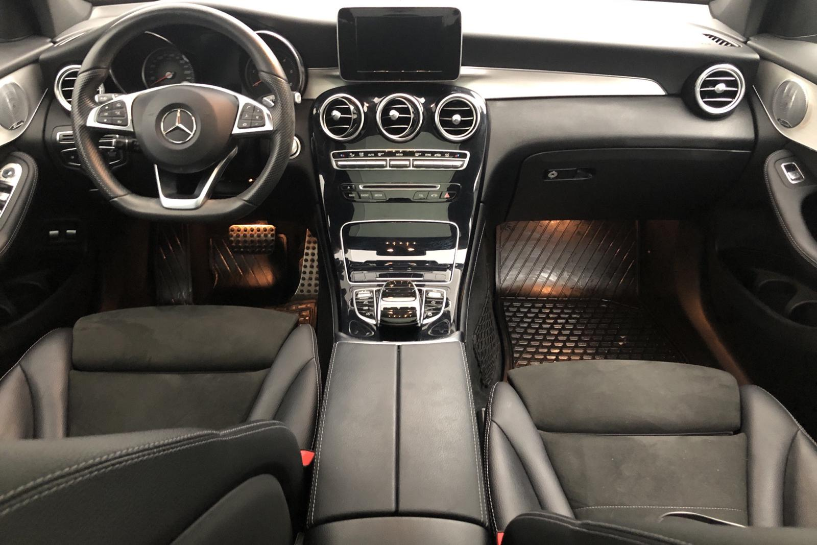 Mercedes GLC 220 d 4MATIC X253 (170hk) - 64 761 km - black - 2018