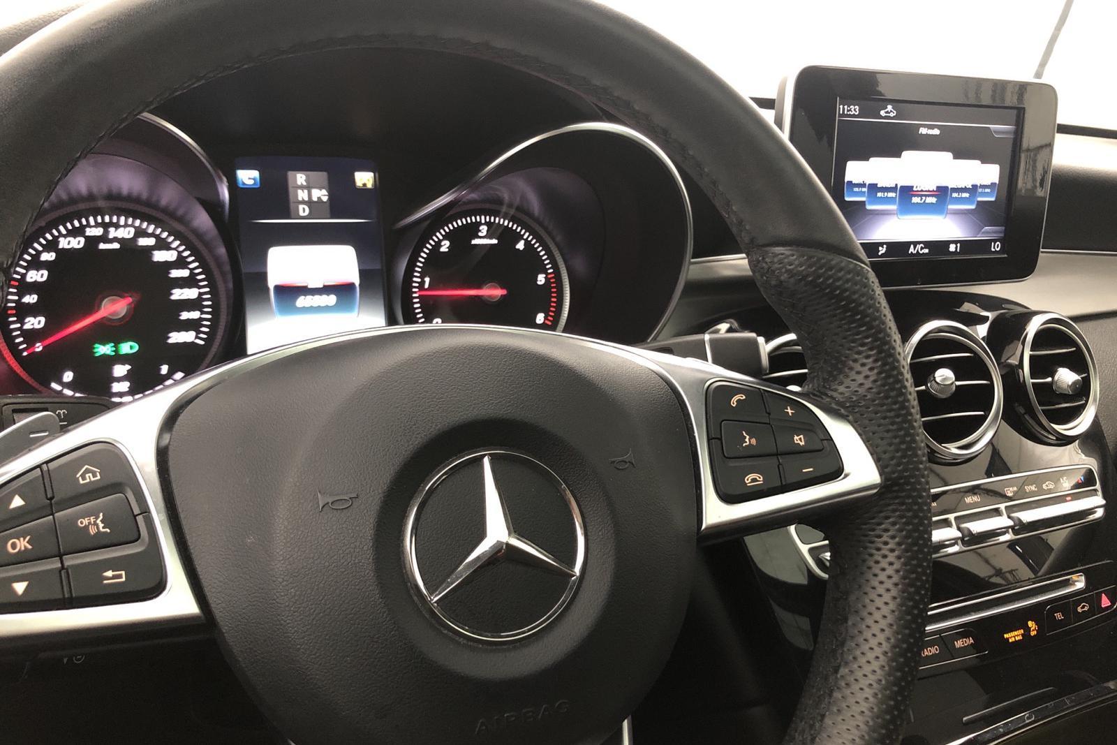 Mercedes GLC 220 d 4MATIC X253 (170hk) - 6 476 mil - svart - 2018