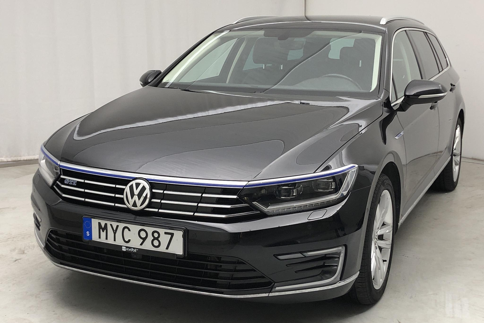 VW Passat 1.4 Plug-in-Hybrid Sportscombi (218hk) - 57 000 km - Automatic - black - 2017
