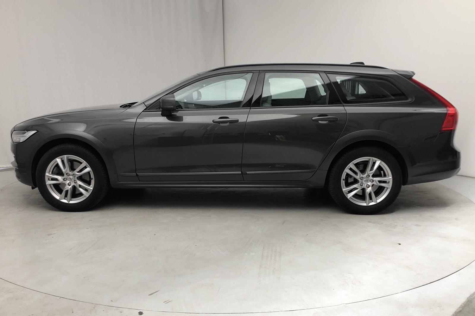 Volvo V90 D4 Cross Country AWD (190hk) - 4 900 mil - Automat - Dark Grey - 2018