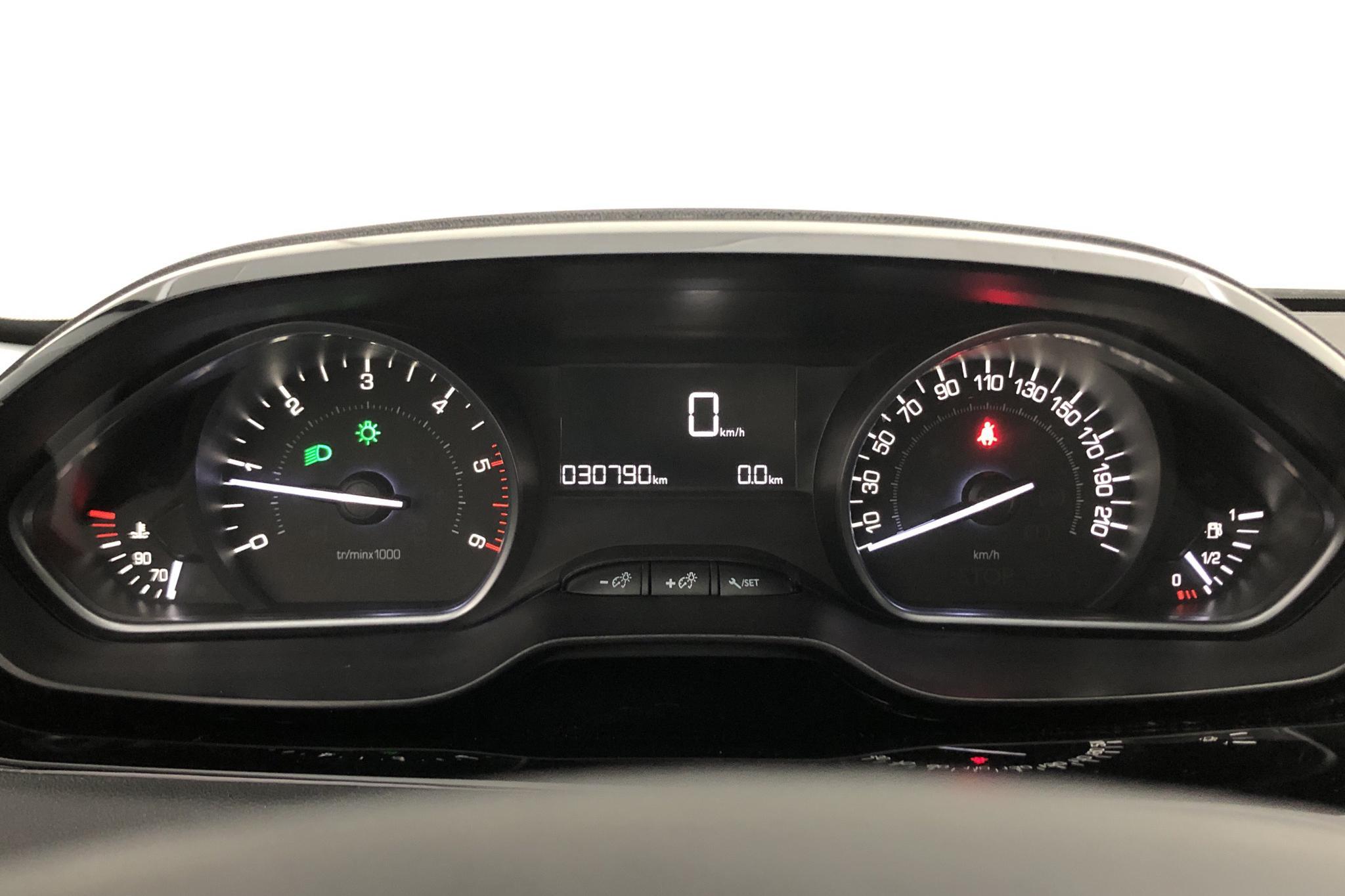 Peugeot 208 BlueHDi 5dr (100hk) - 0 km - Manual - white - 2016