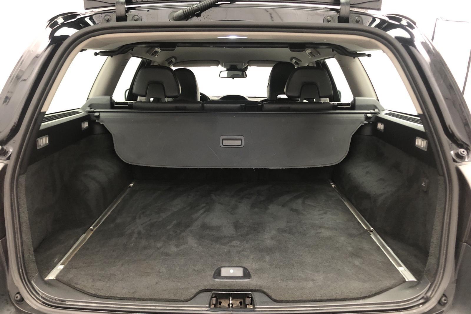 Volvo XC70 II D4 AWD (163hk) - 250 500 km - Automatic - black - 2013