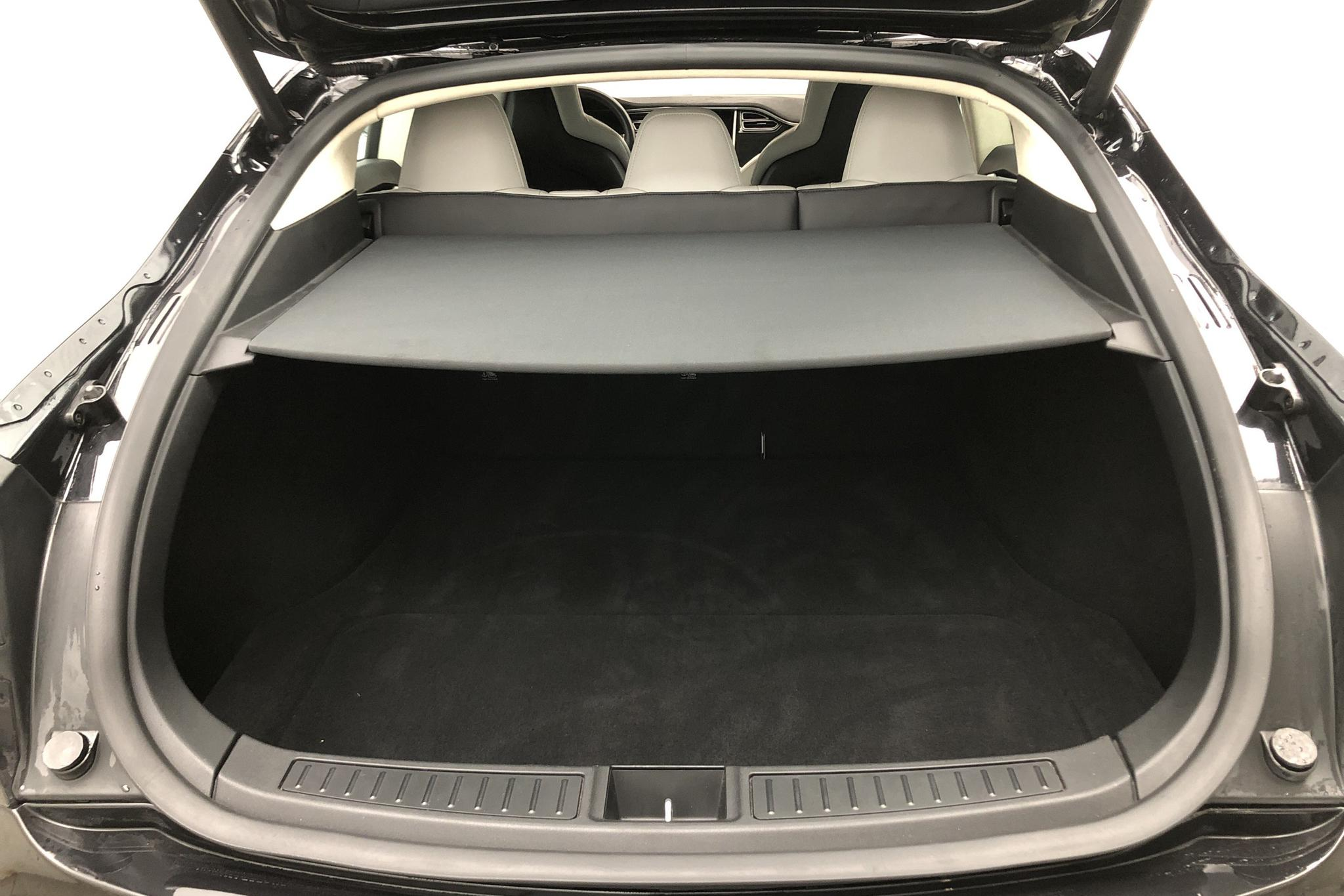Tesla Model S 90D (428hk) - 42 056 km - black - 2016