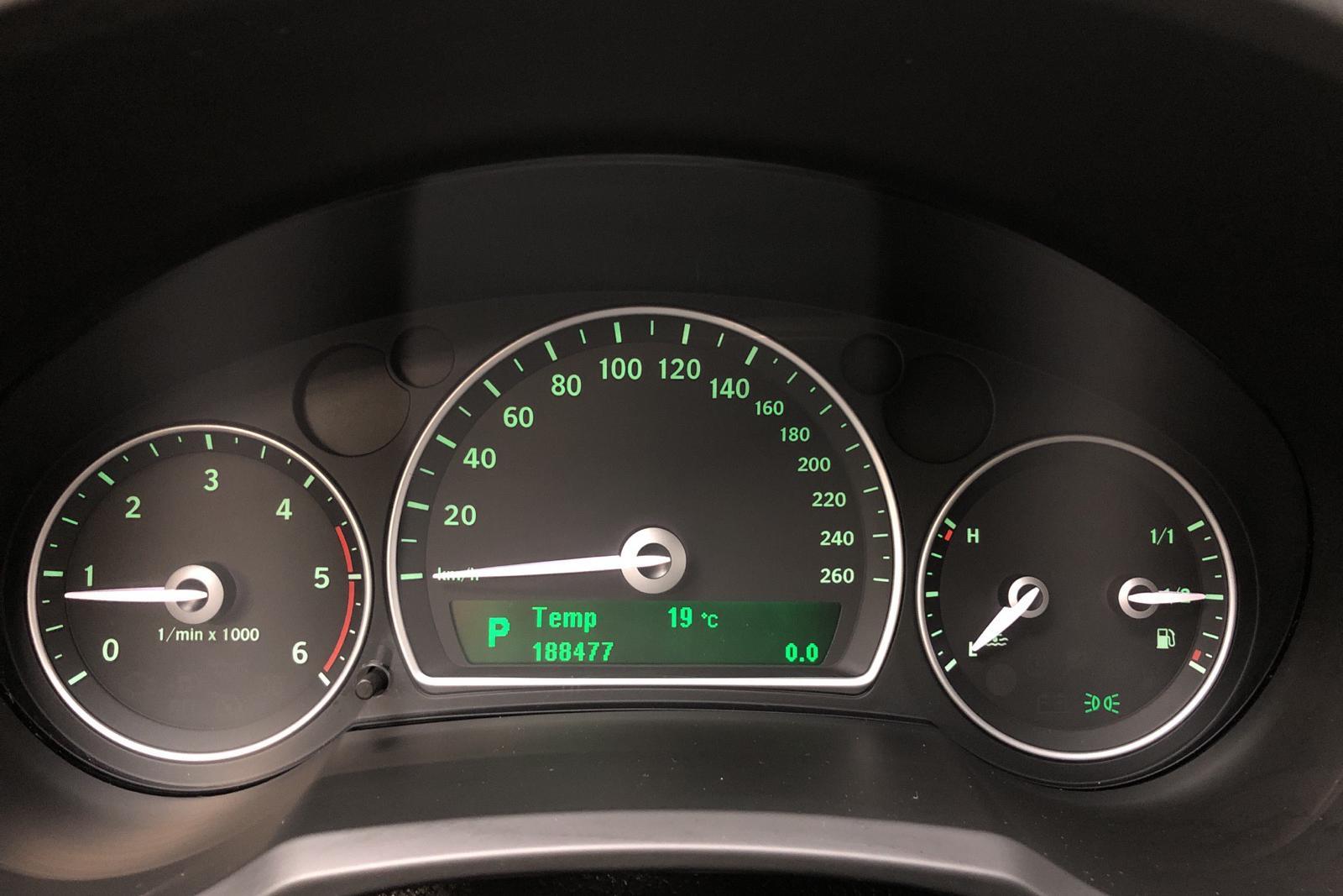 Saab 9-3 1.9 TiD 16V SportCombi (150hk) - 18 847 mil - Automat - svart - 2008