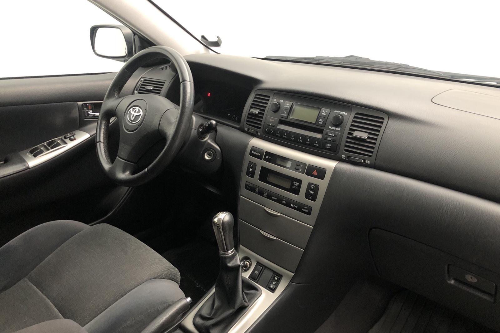 Toyota Corolla 1.6 Touring (110hk) - 137 000 km - Manual - blue - 2003