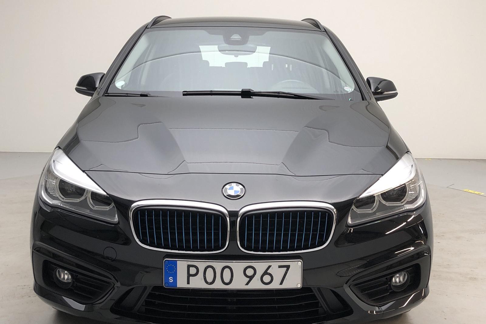 BMW 225xe Active Tourer, F45 (224hk) - 0 mil - Automat - svart - 2018