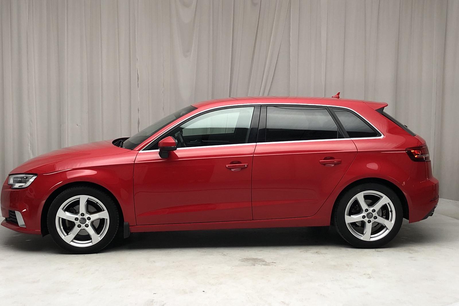 Audi A3 1.4 TFSI Sportback (150hk) - 0 km - Automatic - red - 2017