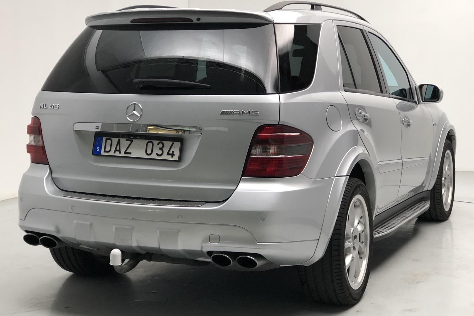 Mercedes ML 63 AMG (510hk) - 220 000 km - Automatic - silver - 2007