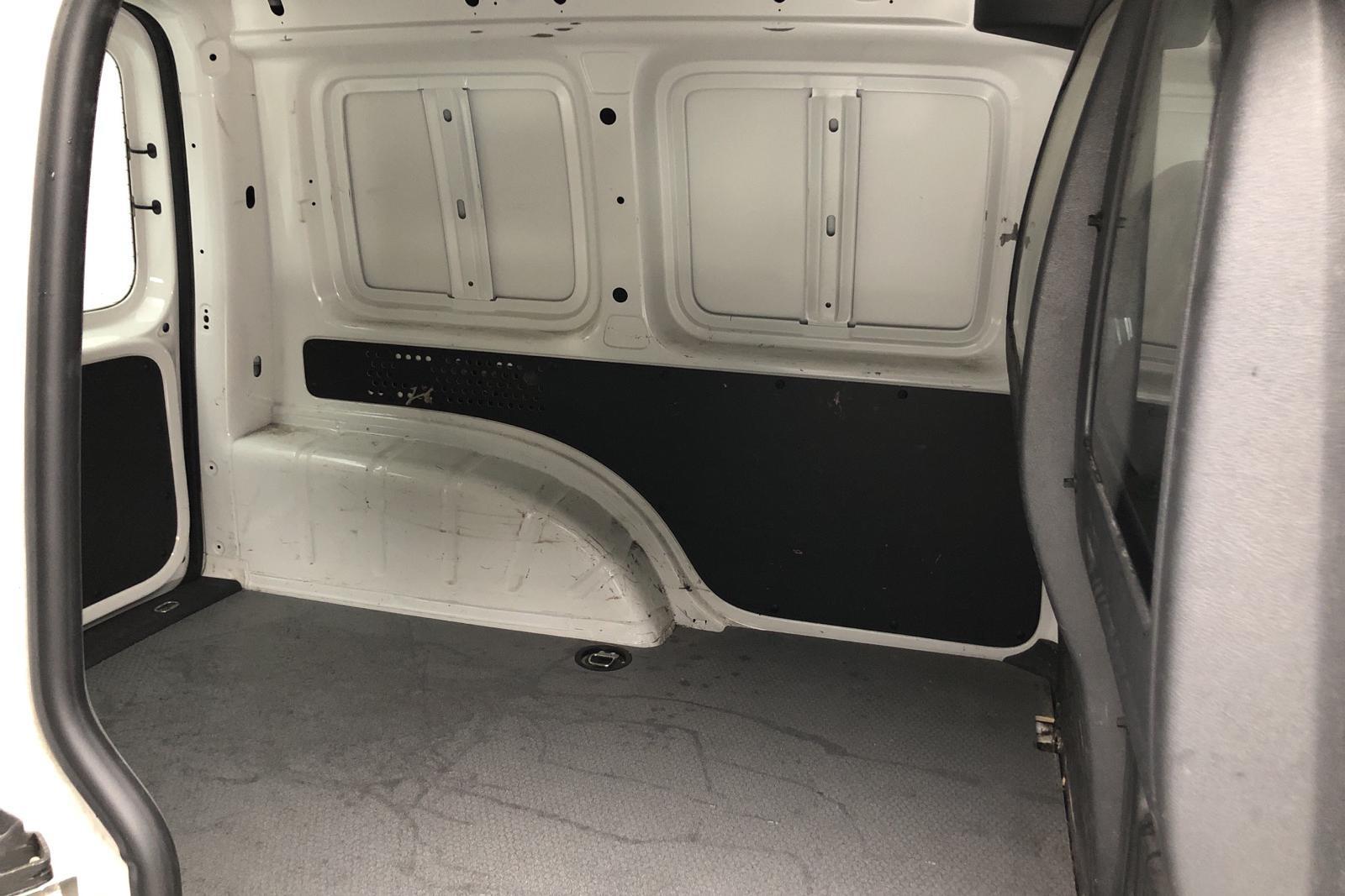 VW Caddy 1.6 TDI Skåp (75hk) - 0 km - Manual - white - 2016
