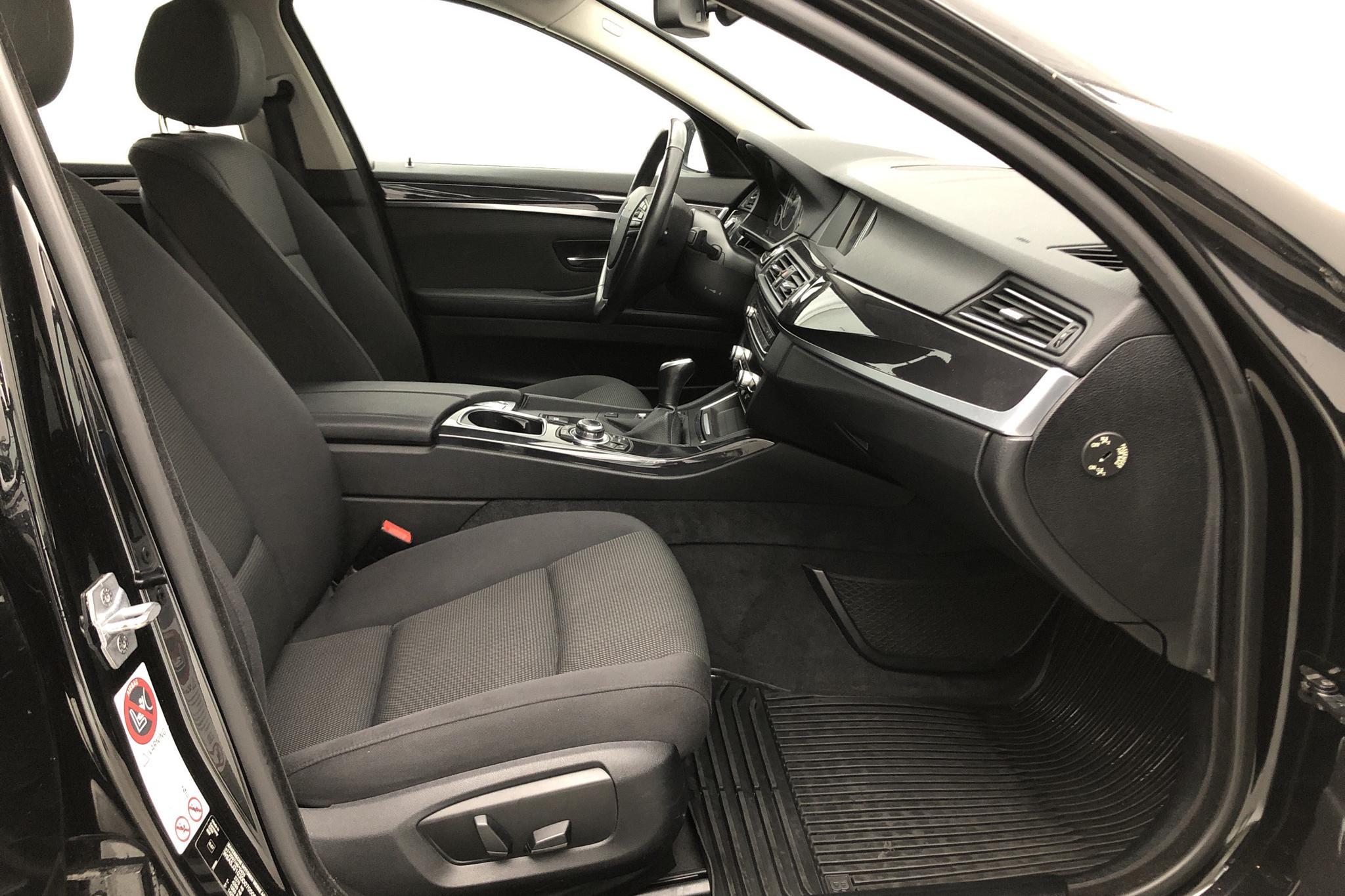 BMW 520d Touring, F11 (184hk) - 248 412 km - Manual - black - 2014