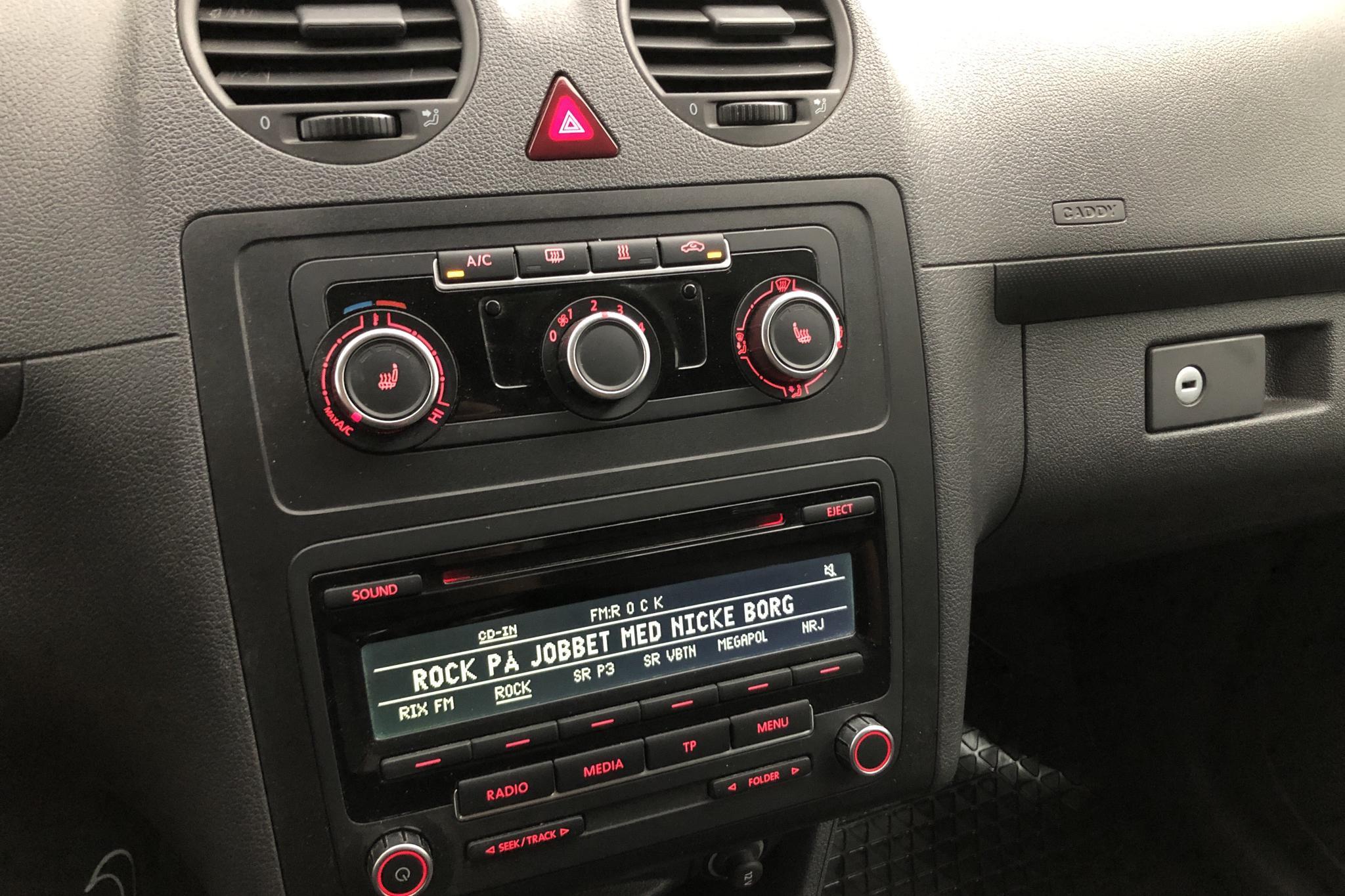 VW Caddy 1.6 TDI Maxi Skåp (102hk) - 0 mil - Manuell - svart - 2014