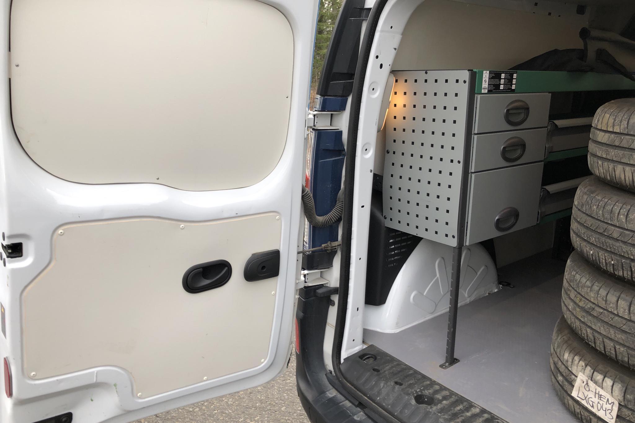 Renault Kangoo II Z.E. 22 kWh Skåp (60hk) - 13 620 km - Automatic - white - 2016