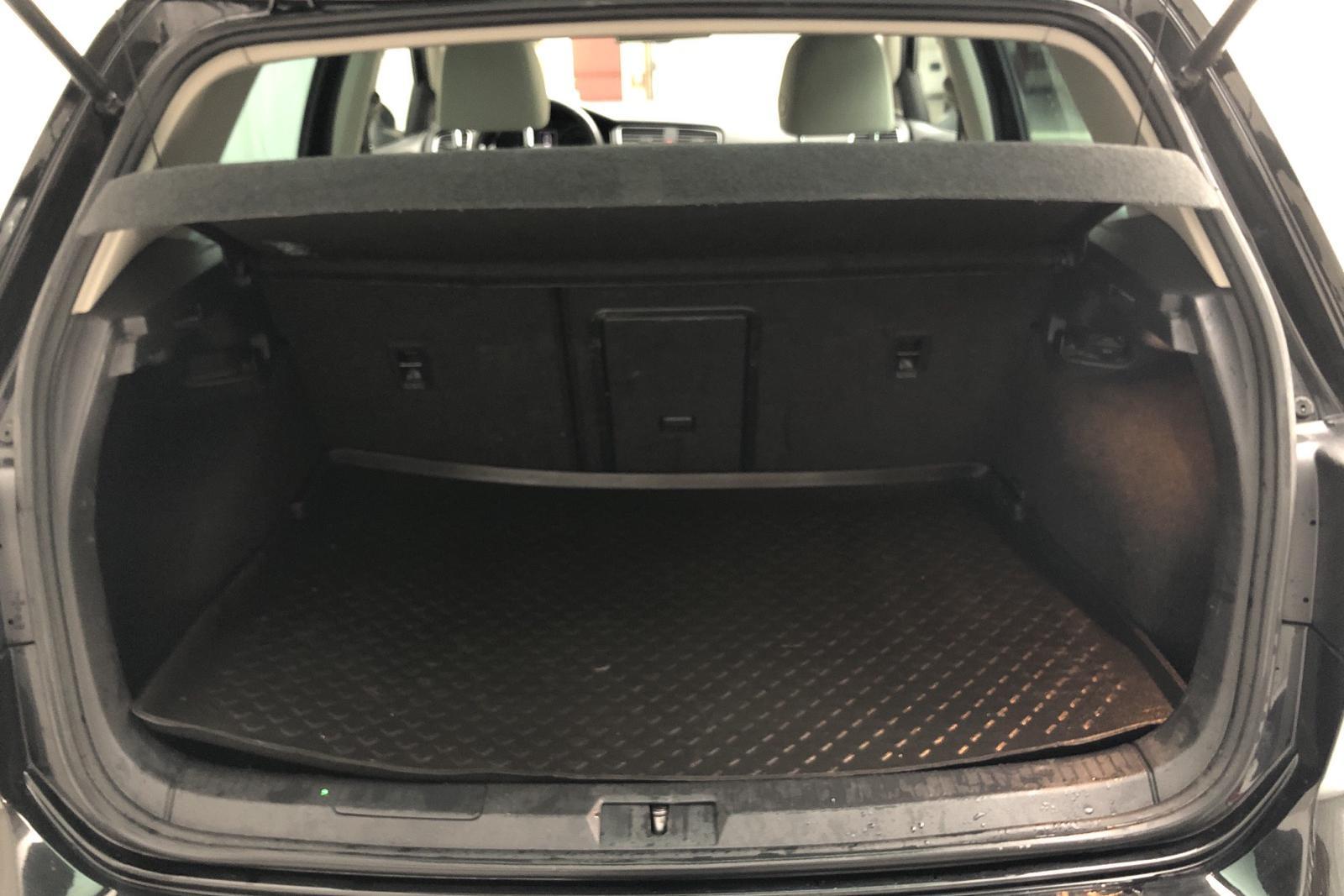 VW Golf VII 2.0 TDI BlueMotion Technology 5dr 4Motion (150hk) - 29 800 mil - Manuell - svart - 2014