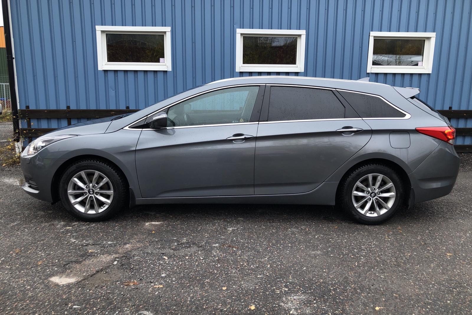 Hyundai i40 1.7 D Kombi (141hk) - 65 000 km - Automatic - silver - 2018