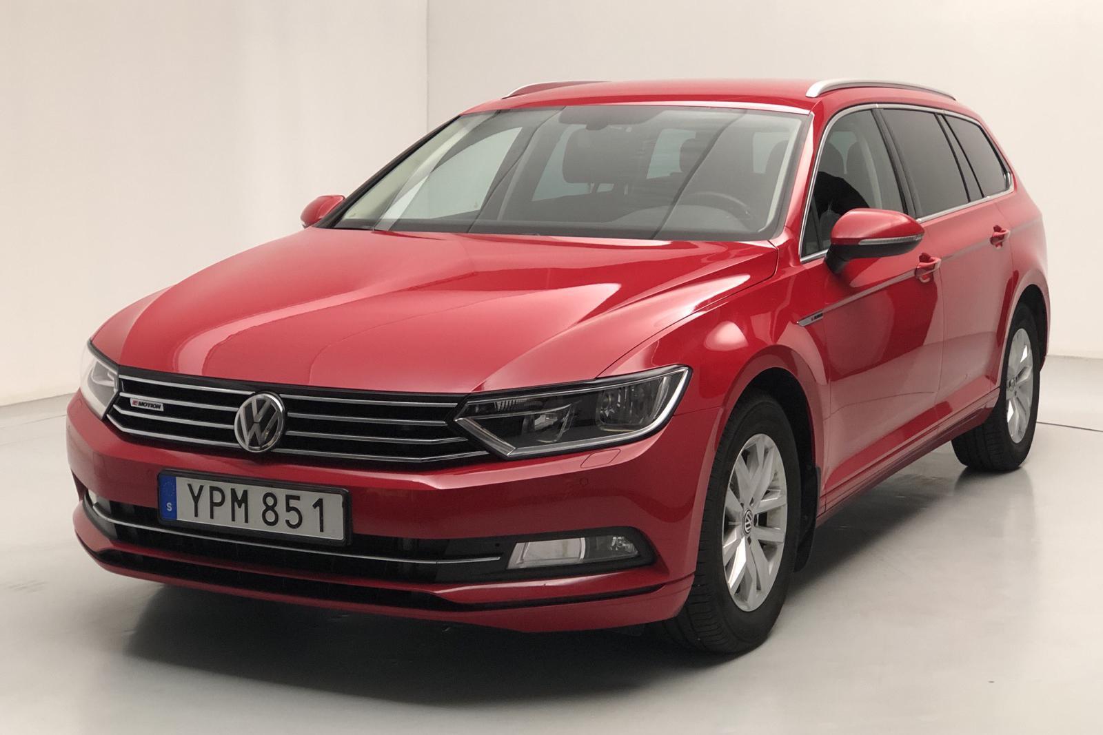 VW Passat 2.0 TDI Sportscombi 4MOTION (150hk) - 264 486 km - Manual - red - 2018