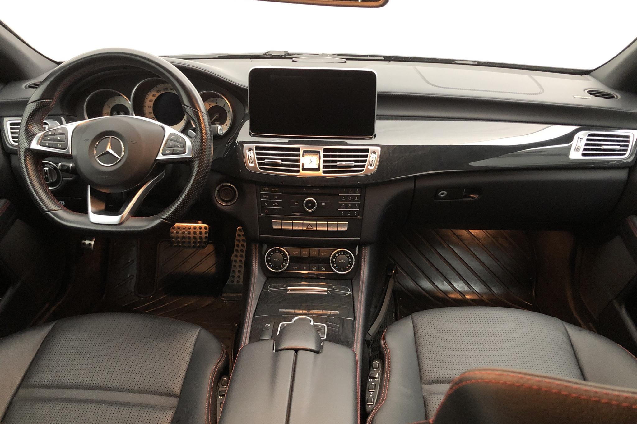 Mercedes CLS 400 4MATIC Shooting Brake X218 (333hk) - 74 000 km - black - 2015