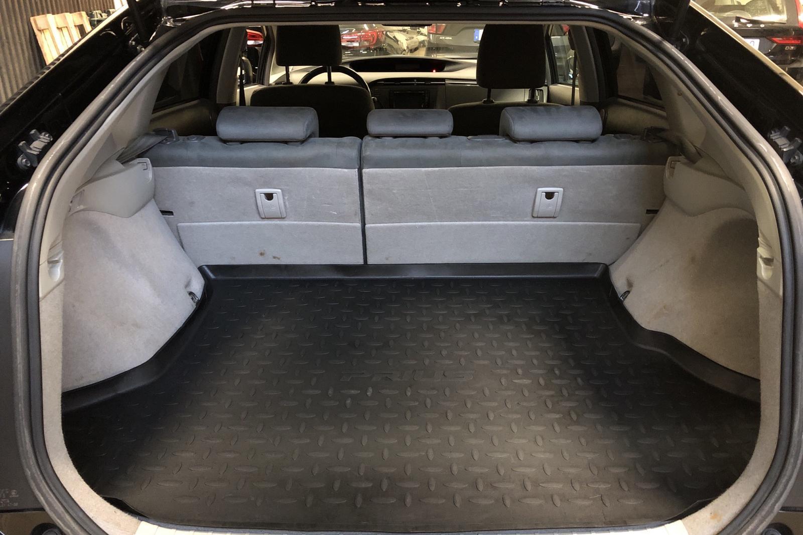 Toyota Prius 1.8 Hybrid (99hk) - 183 000 km - Automatic - black - 2011