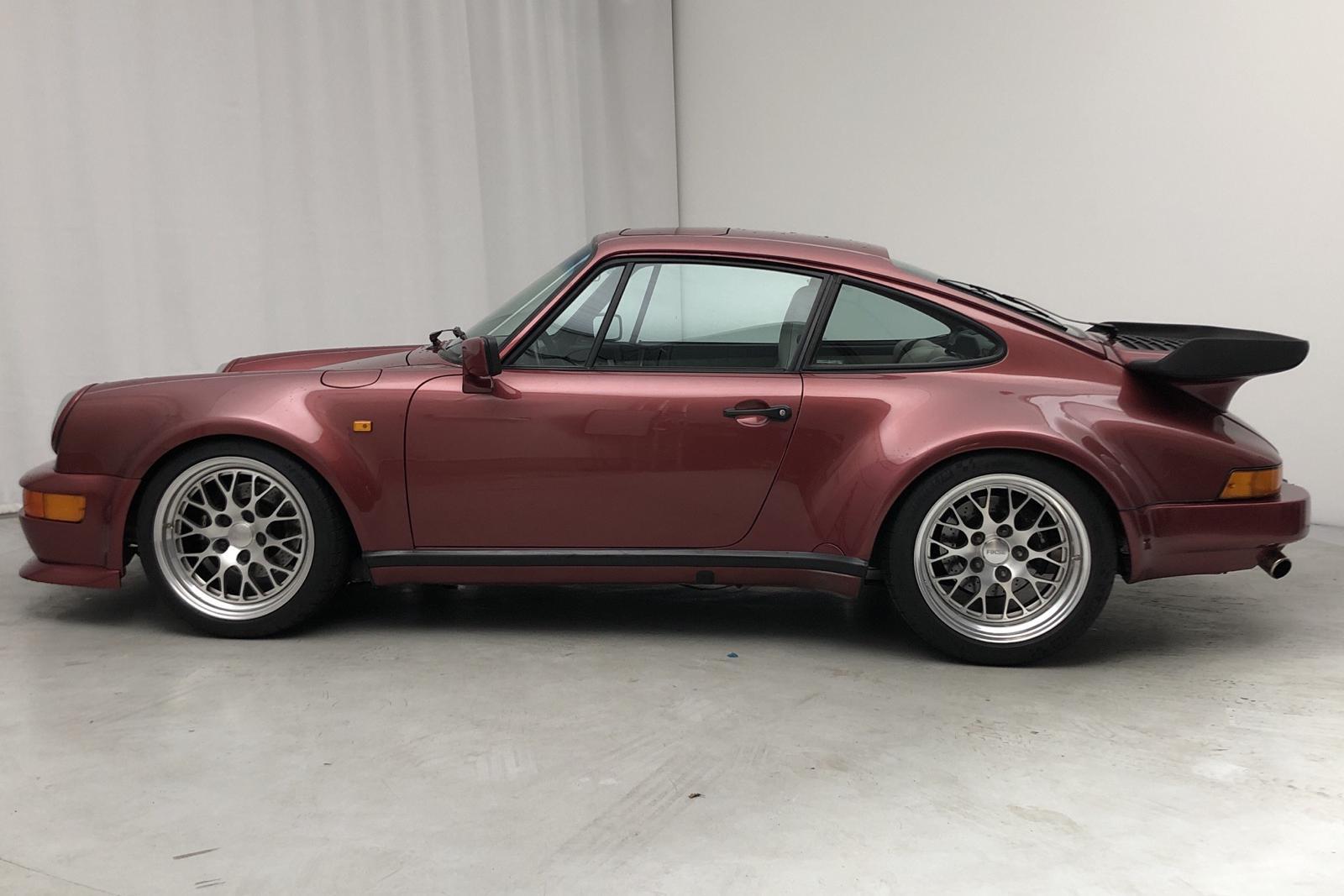 Porsche 911 / 930 3.3 Turbo (289hk) - 72 000 km - Manual - Dark Red