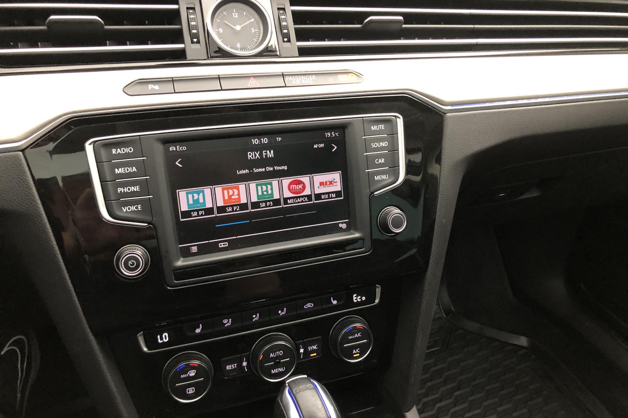 VW Passat 1.4 Plug-in-Hybrid Sportscombi (218hk) - 8 956 mil - Automat - Dark Grey - 2017
