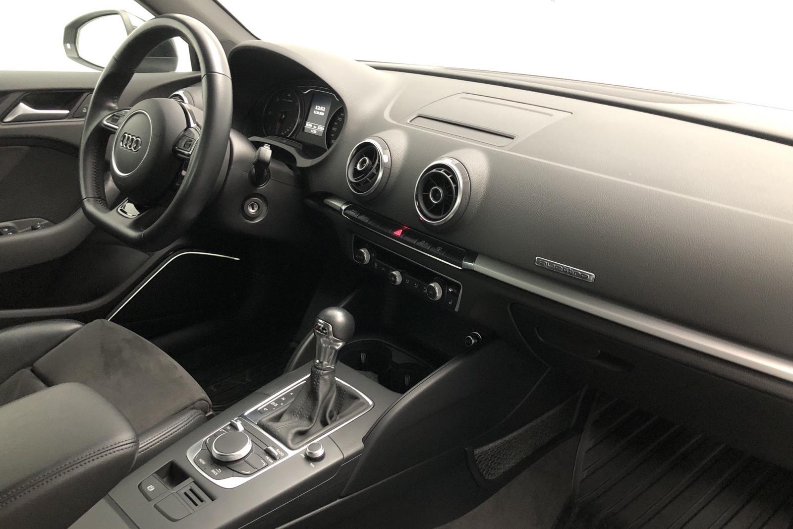 Audi A3 2.0 TDI Sportback quattro (184hk) - 9 134 mil - Automat - svart - 2014