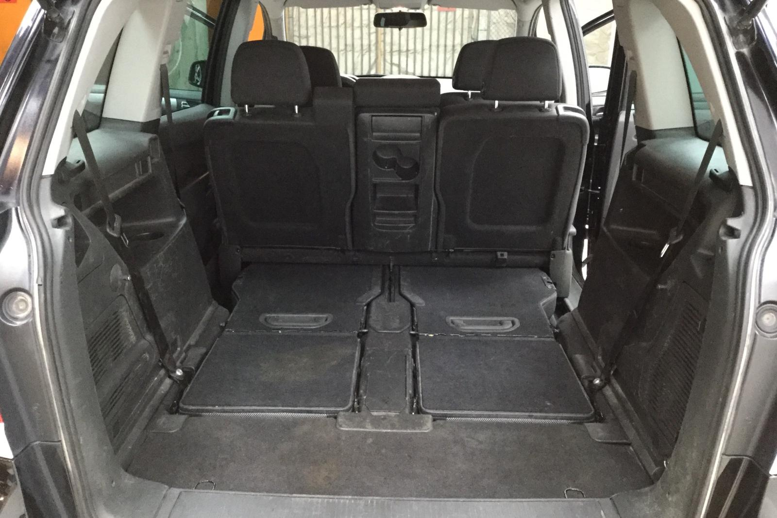 Opel Zafira II 1.6 CNG Turbo ecoFLEX (150hk) - 0 km - Manual - black - 2011