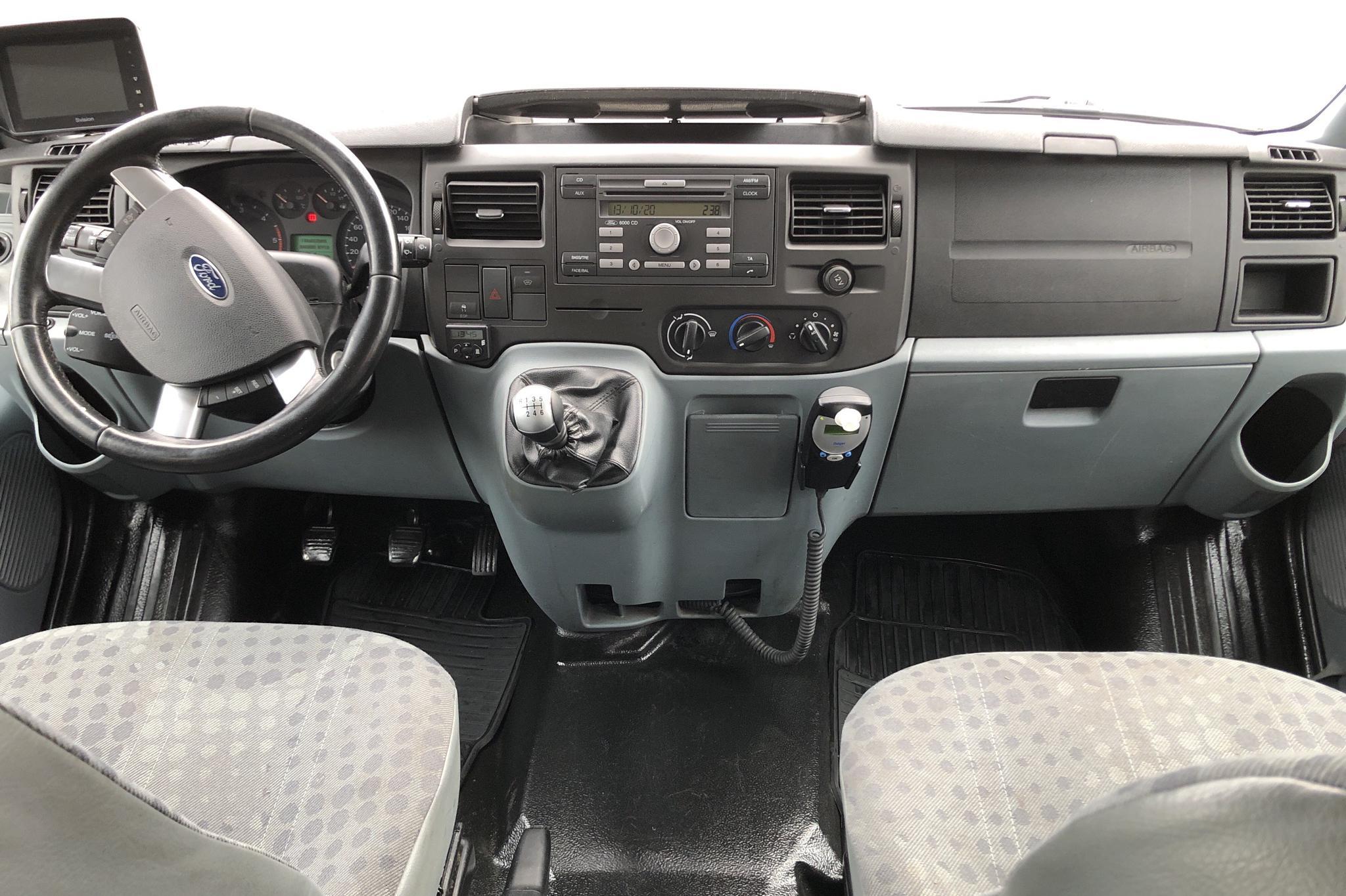 Ford Transit 350 2.2 TDCi Pickup (125hk) - 0 mil - Manuell - vit - 2013