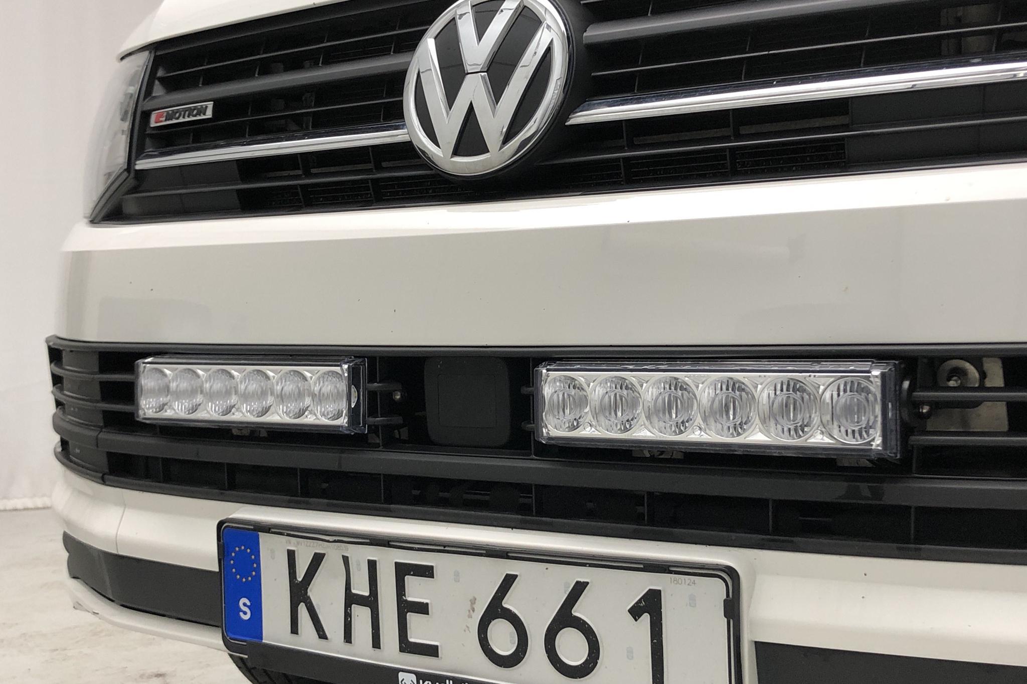 VW Transporter T6 2.0 TDI BMT Skåp 4MOTION (150hk) - 0 km - Automatic - white - 2018